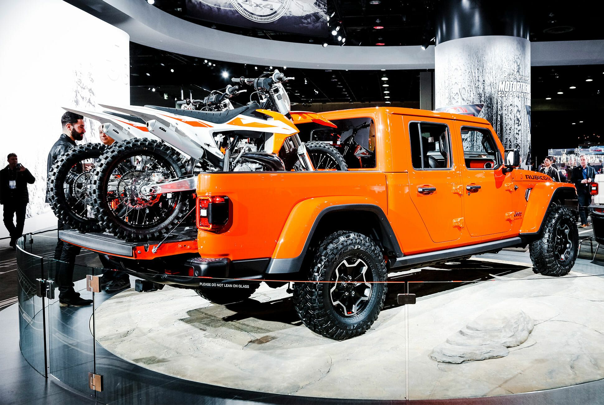 Automotive-Trends-of-NAIAS-2019-gear-patrol-slide-09