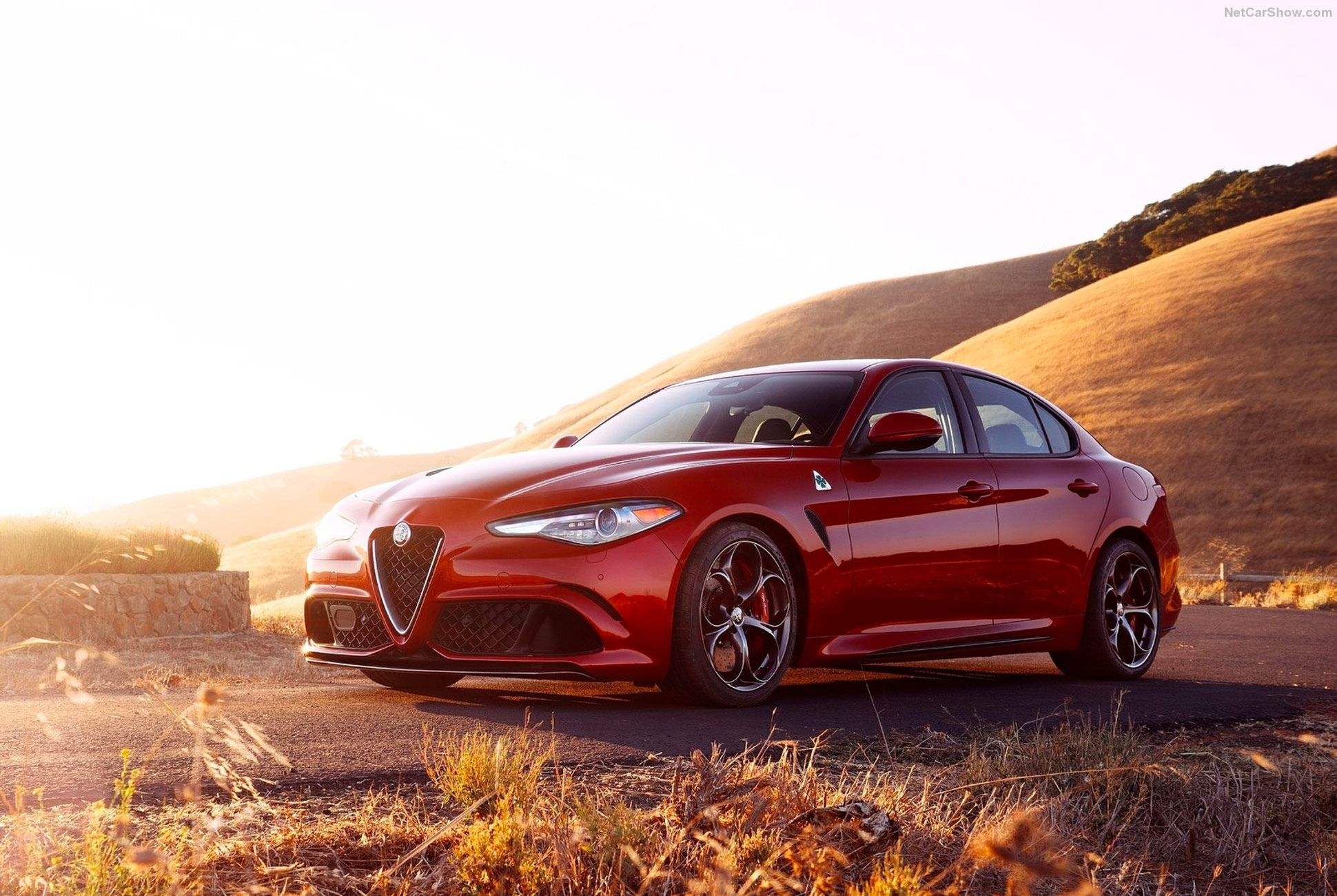 Future-Classic-Alfa-Romeo-Gear-Patrol-slide-1