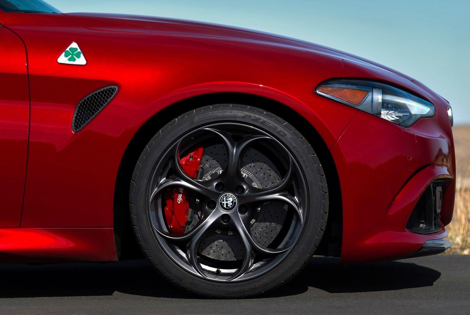 Future-Classic-Alfa-Romeo-Gear-Patrol-slide-3