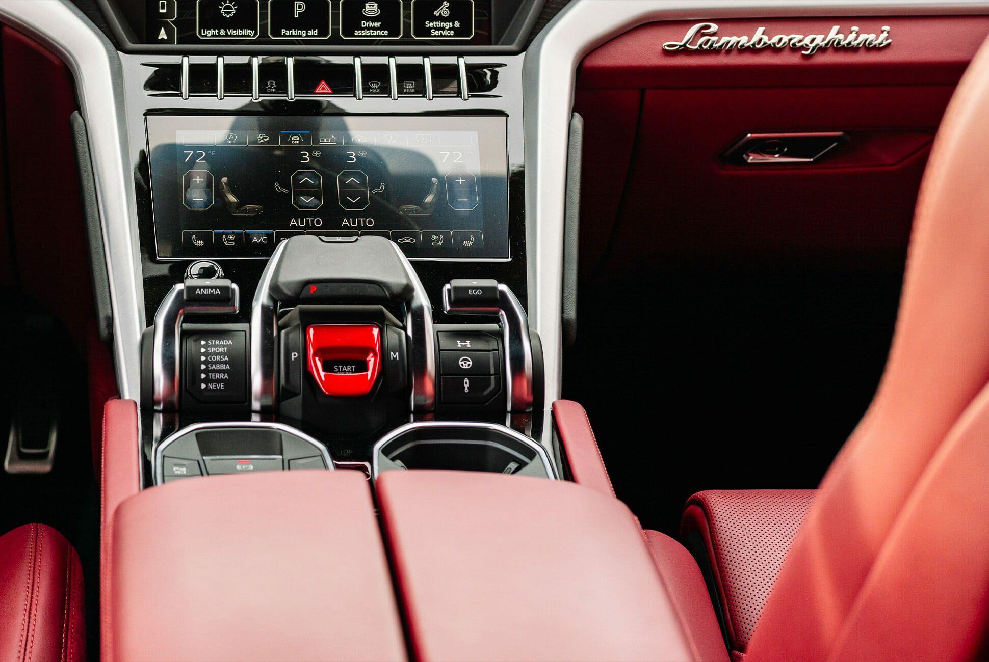 Lamborghini-Urus-Gear-Patrol-slide-6
