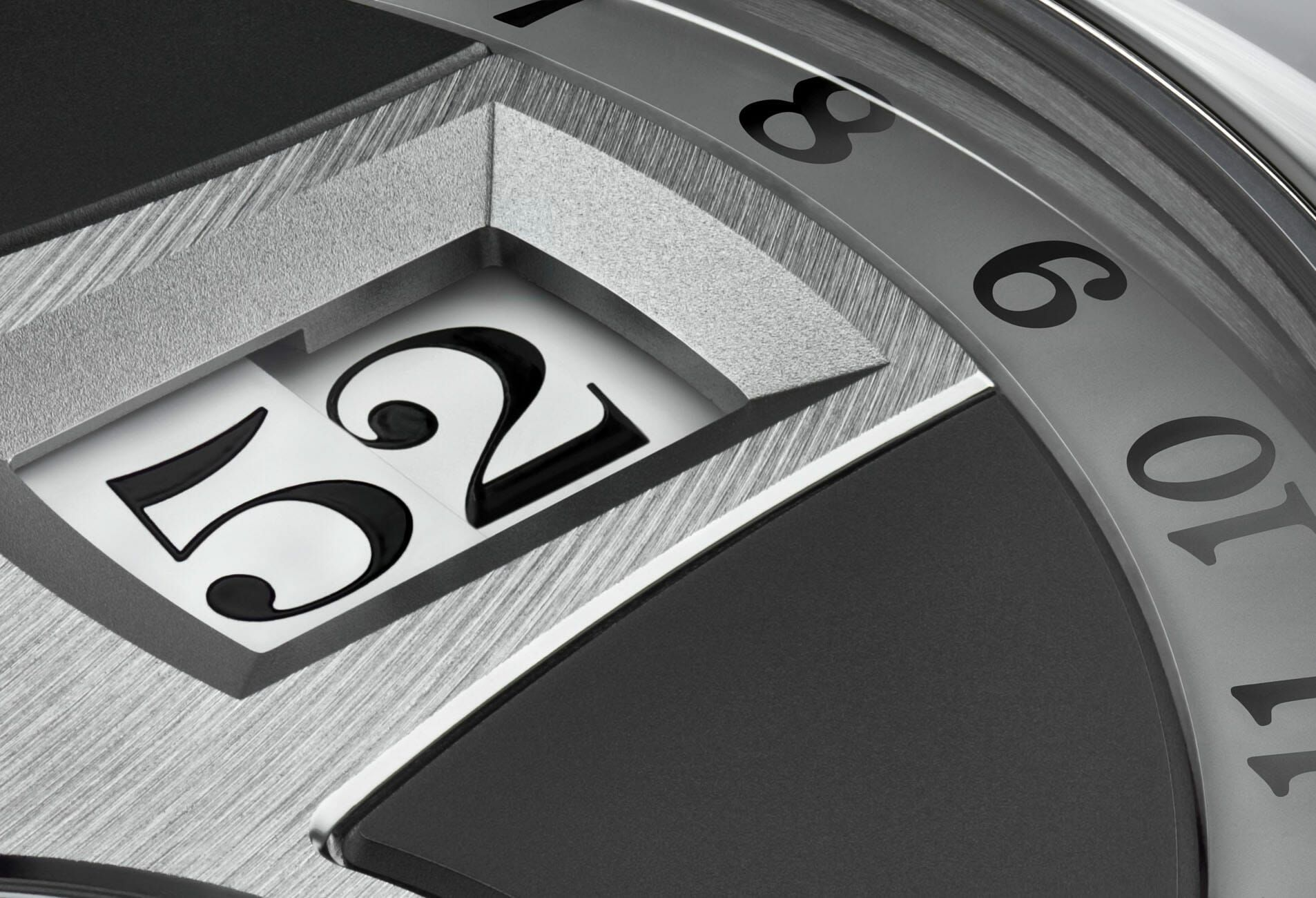 Detail of the ZEITWERK DATE in white gold with a grey dial.