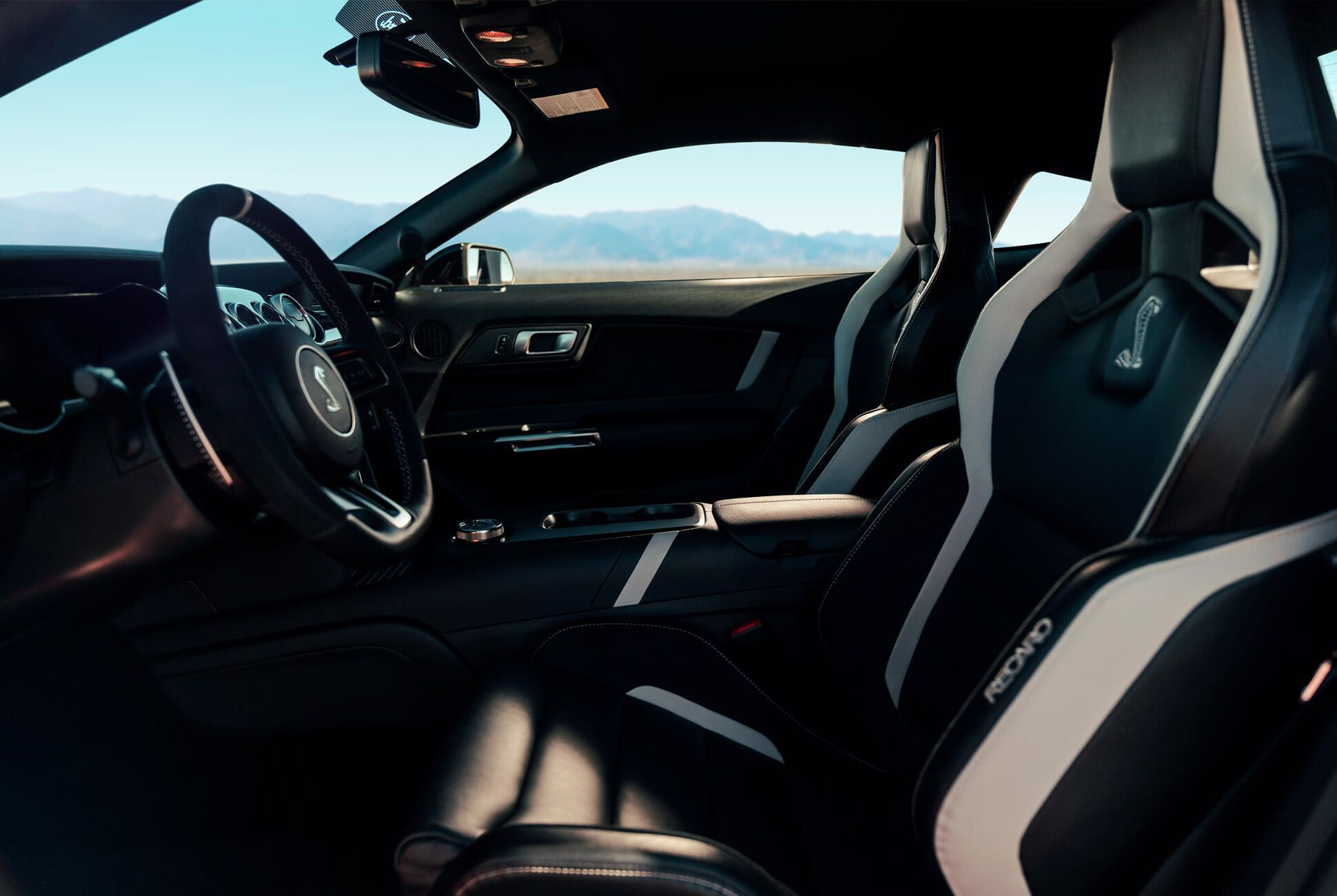 Mustang-GT500-Gear-Patrol-slide-8