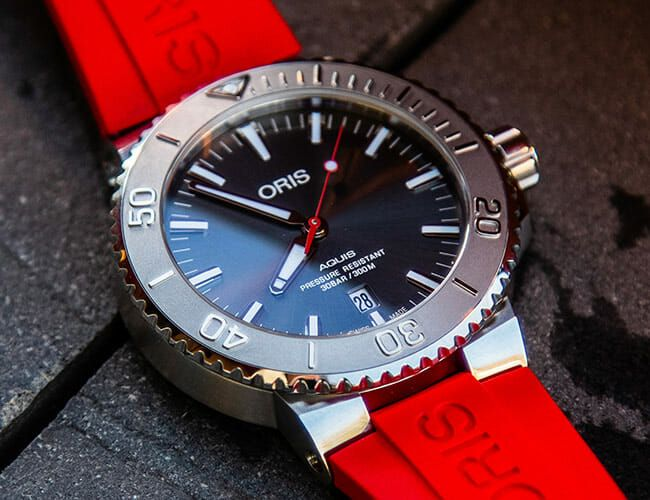 The Affordable Oris Aquis Date Relief Packs a Punch