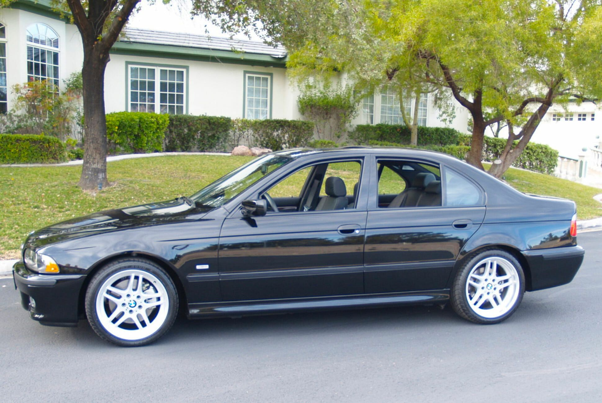 2003-BMW-540i-M-gear-patrol-slide-06