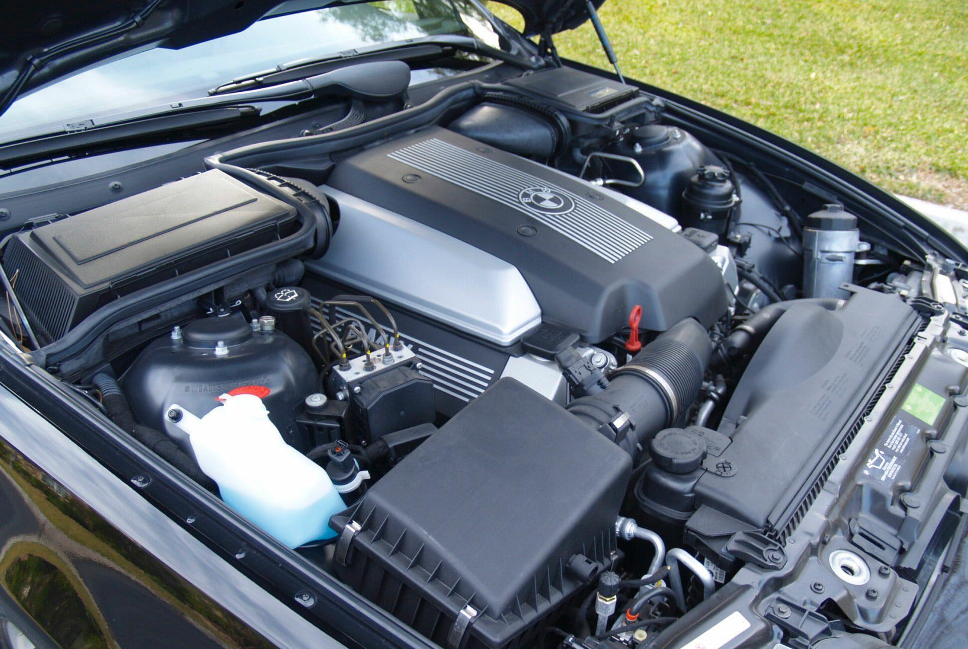 2003-BMW-540i-M-gear-patrol-slide-07