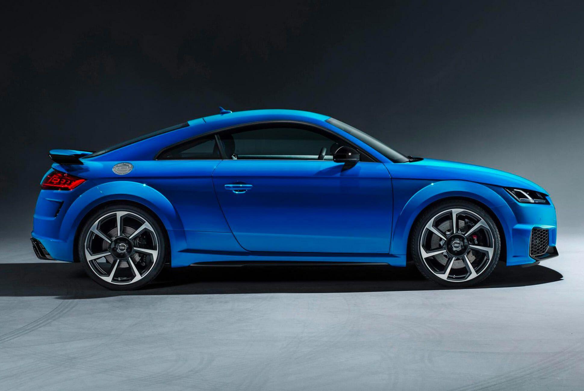 Audi-TTRS-Gear-Patrol-slide-3
