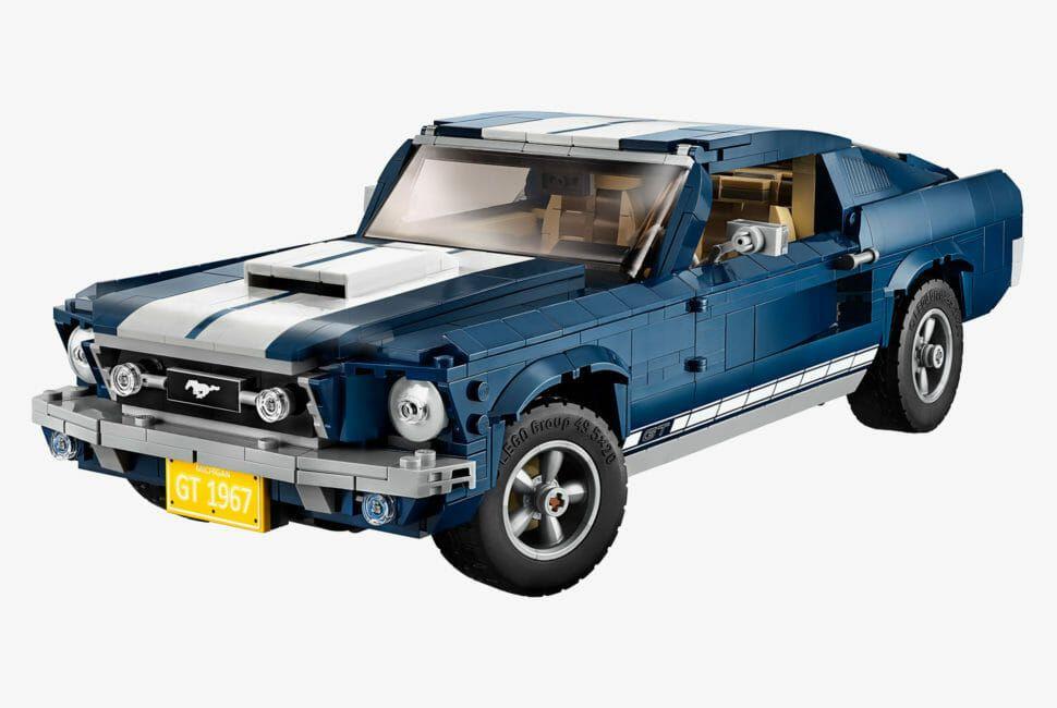 LEGO-1967-Ford-Mustang-gear-patrol-slide-1