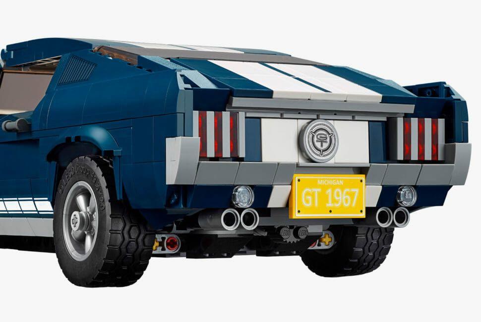 LEGO-1967-Ford-Mustang-gear-patrol-slide-3