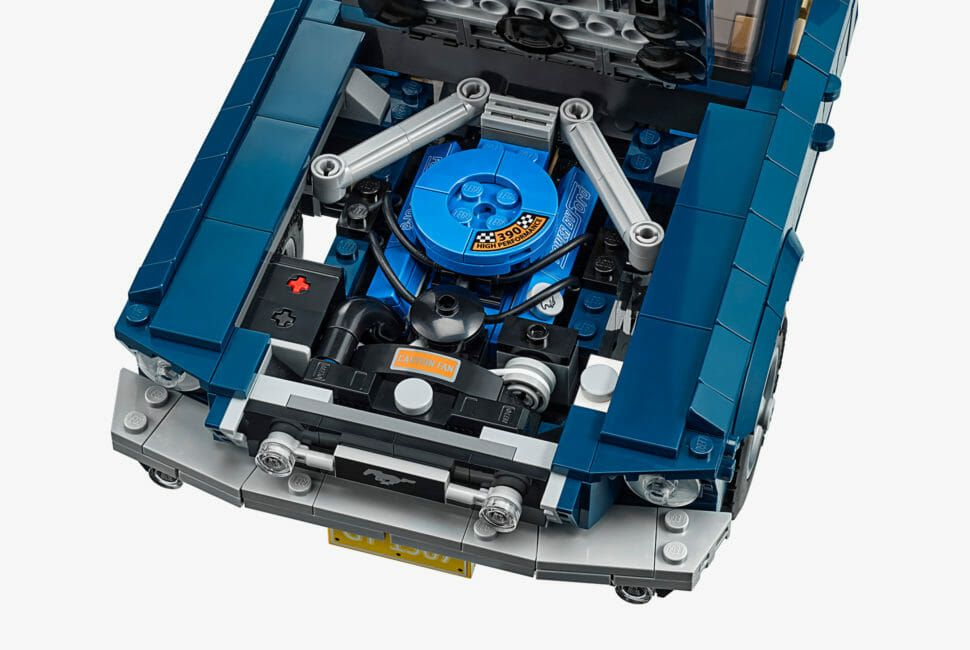 LEGO-1967-Ford-Mustang-gear-patrol-slide-6