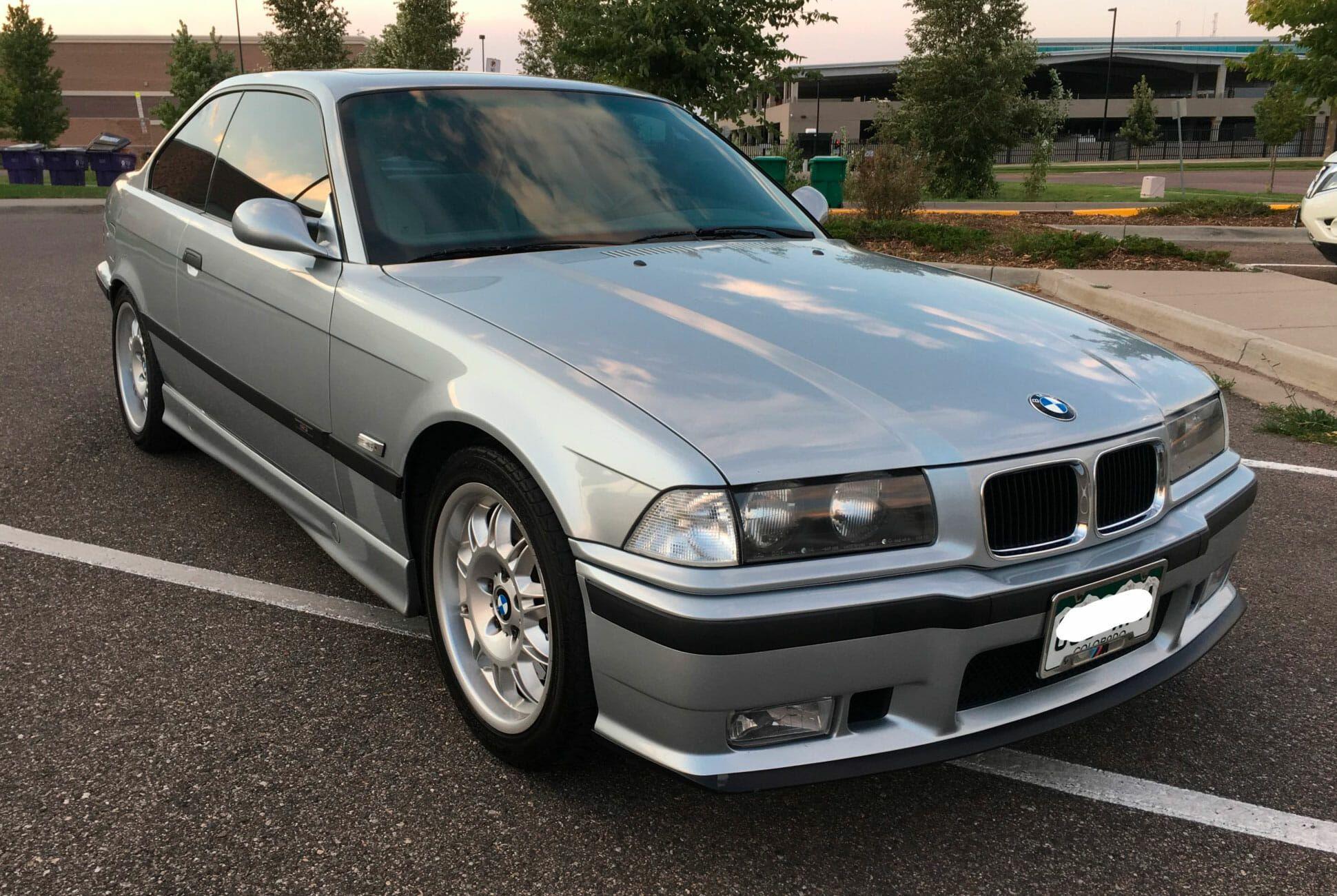 1996-BMW-M3-Coupe-5-Speed-gear-patrol-slide-02