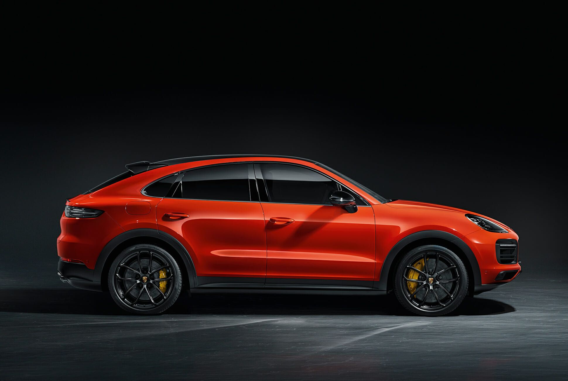 2020-Porsche-Cayenne-Coupe-gear-patrol-slide-3