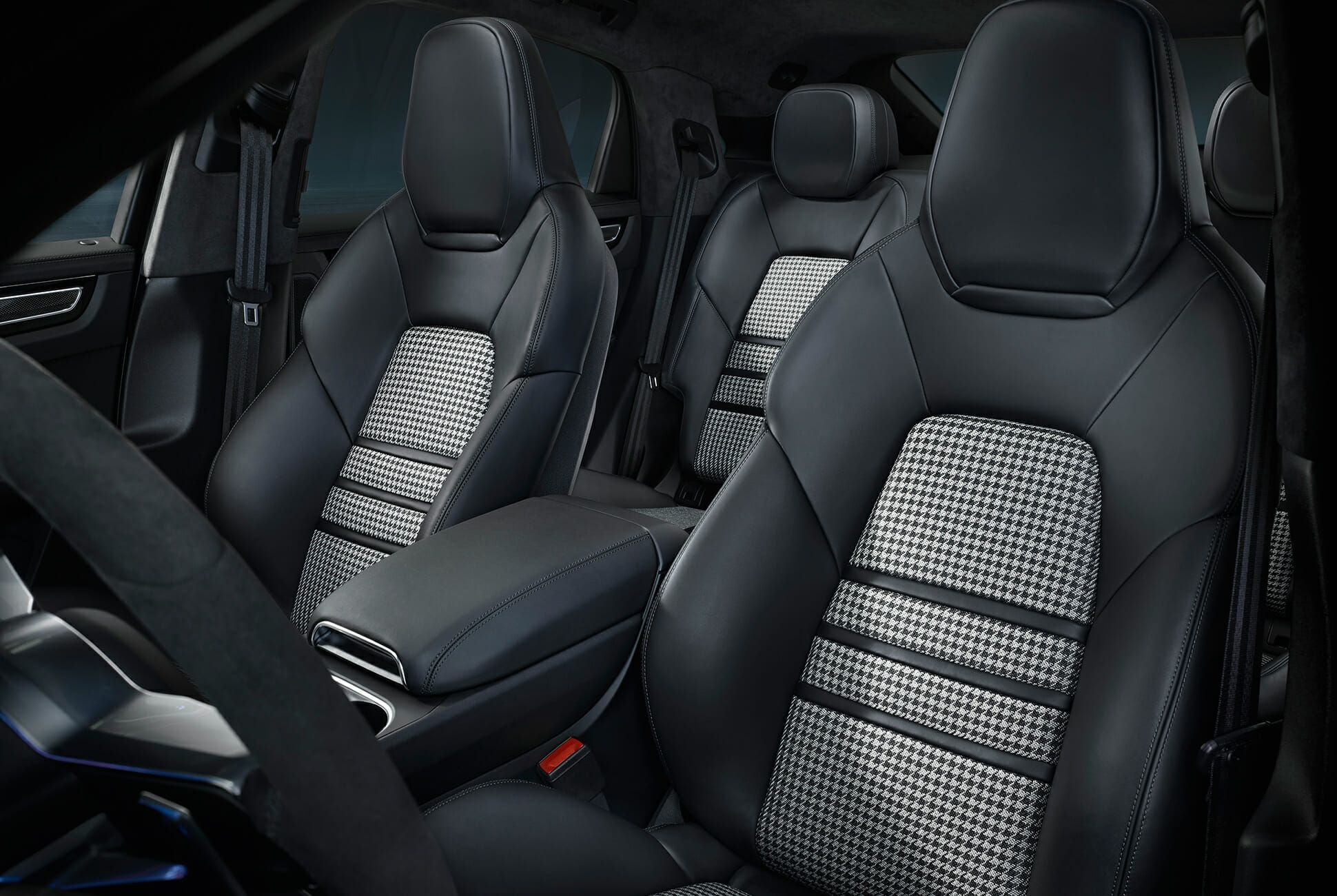 2020-Porsche-Cayenne-Coupe-gear-patrol-slide-5
