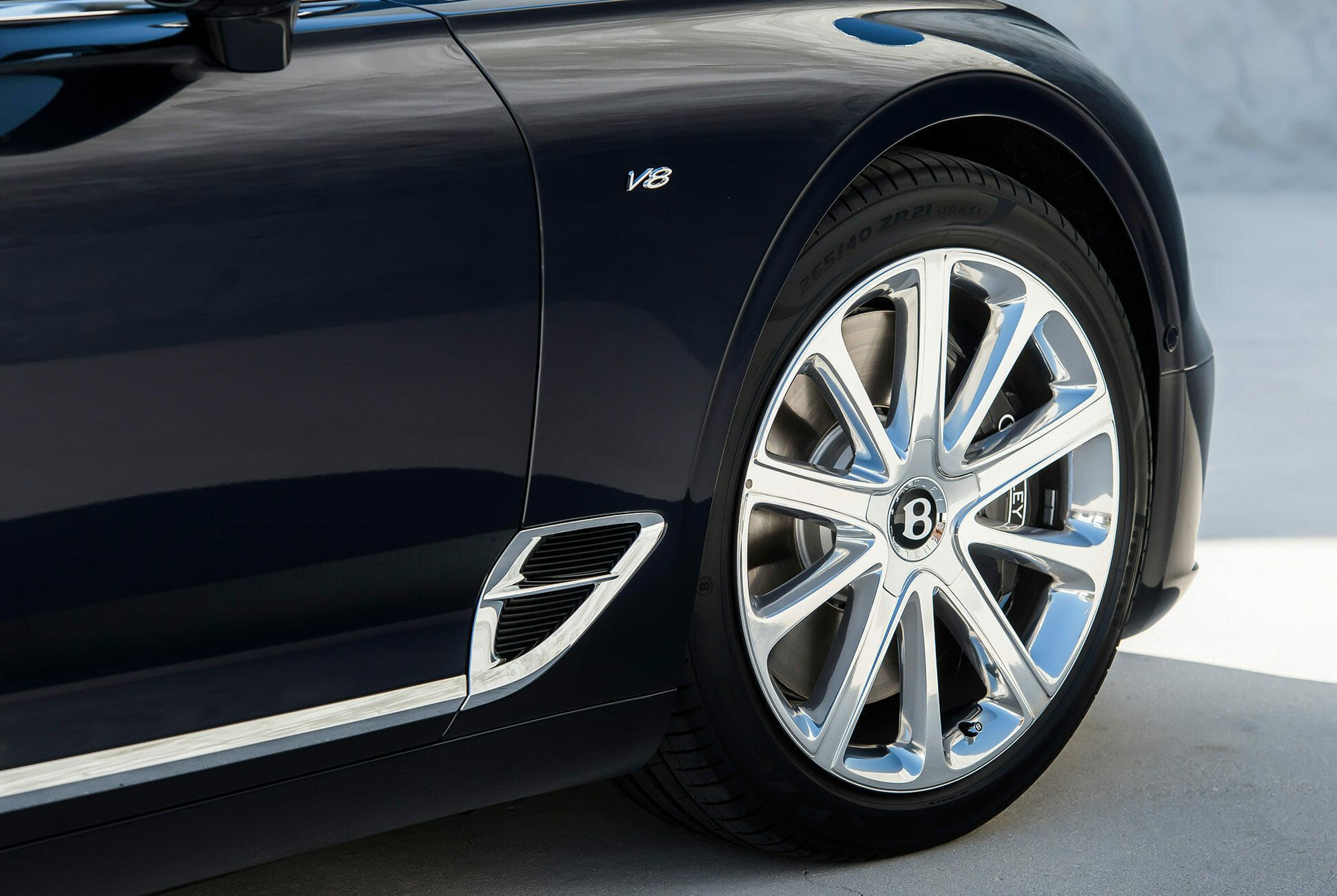 Bentley-Continental-GT-Convertible-V8-gear-patrol-slide-08