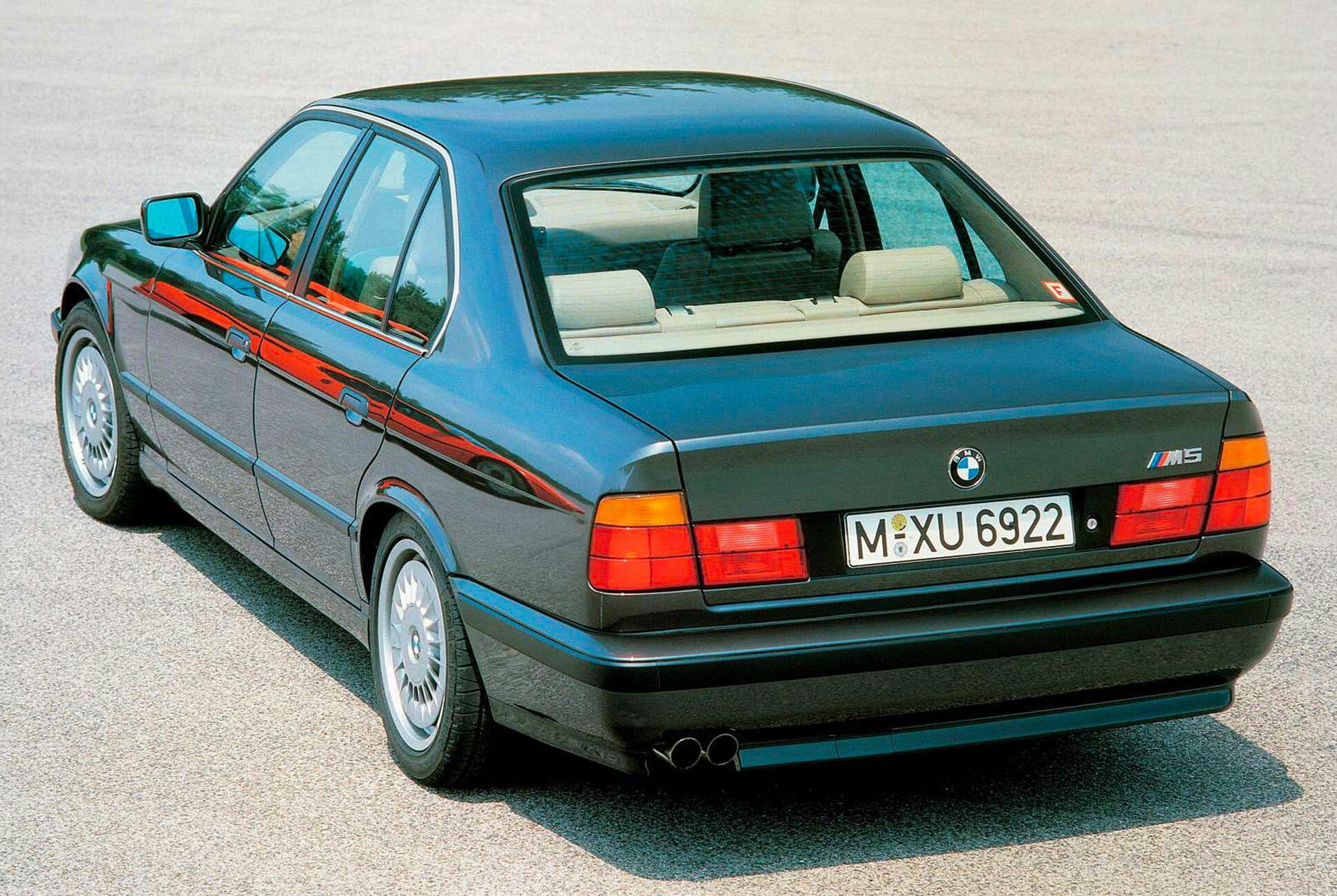 E34-BMW-M5-gear-patrol-slide-2