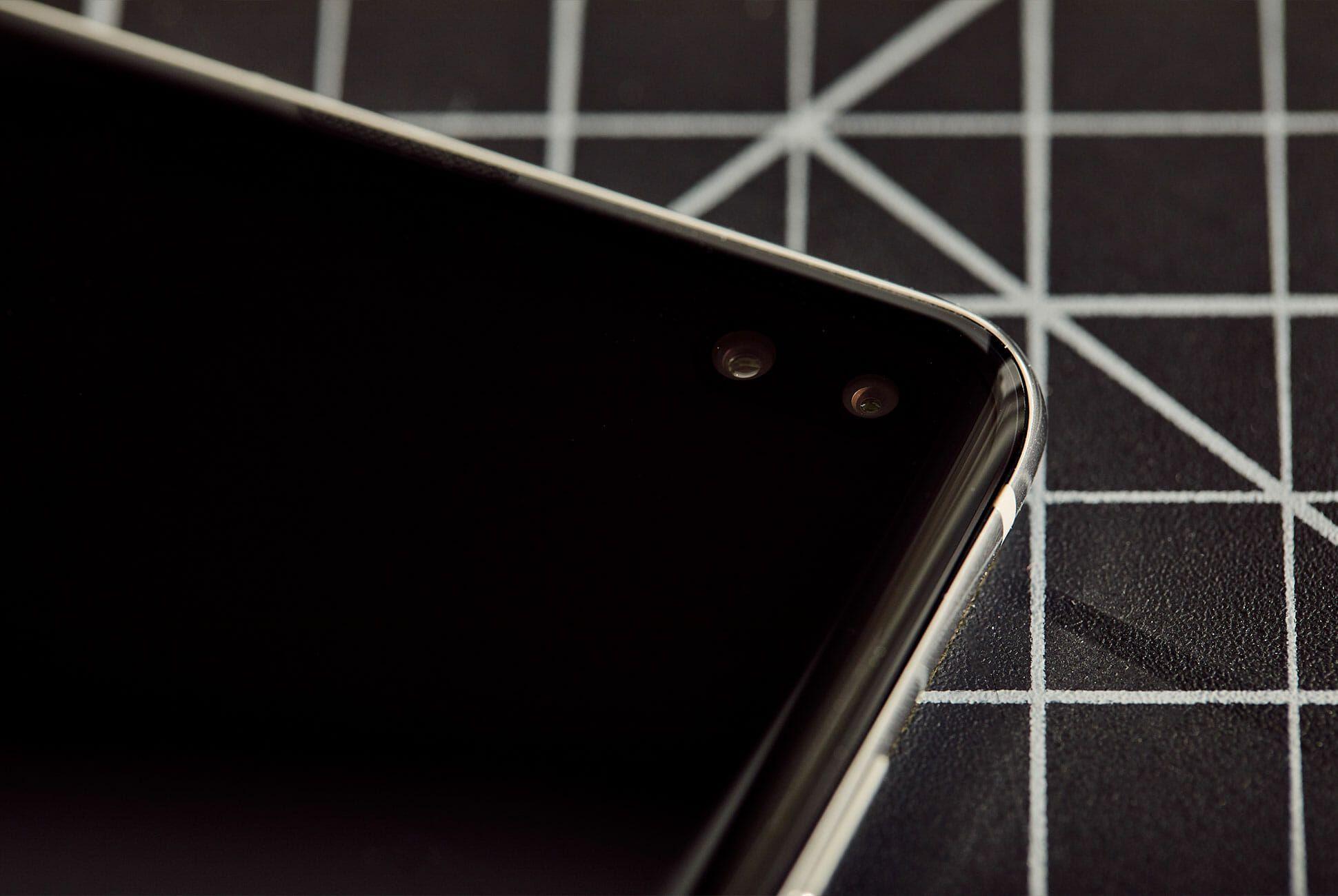 Galaxy-S10-Review-Gear-Patrol-Slide-5