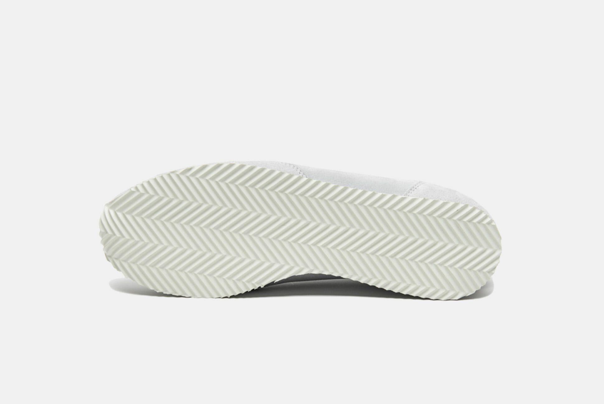 Lady-White-Co-Sneakers-Gear-Patrol-slide-2