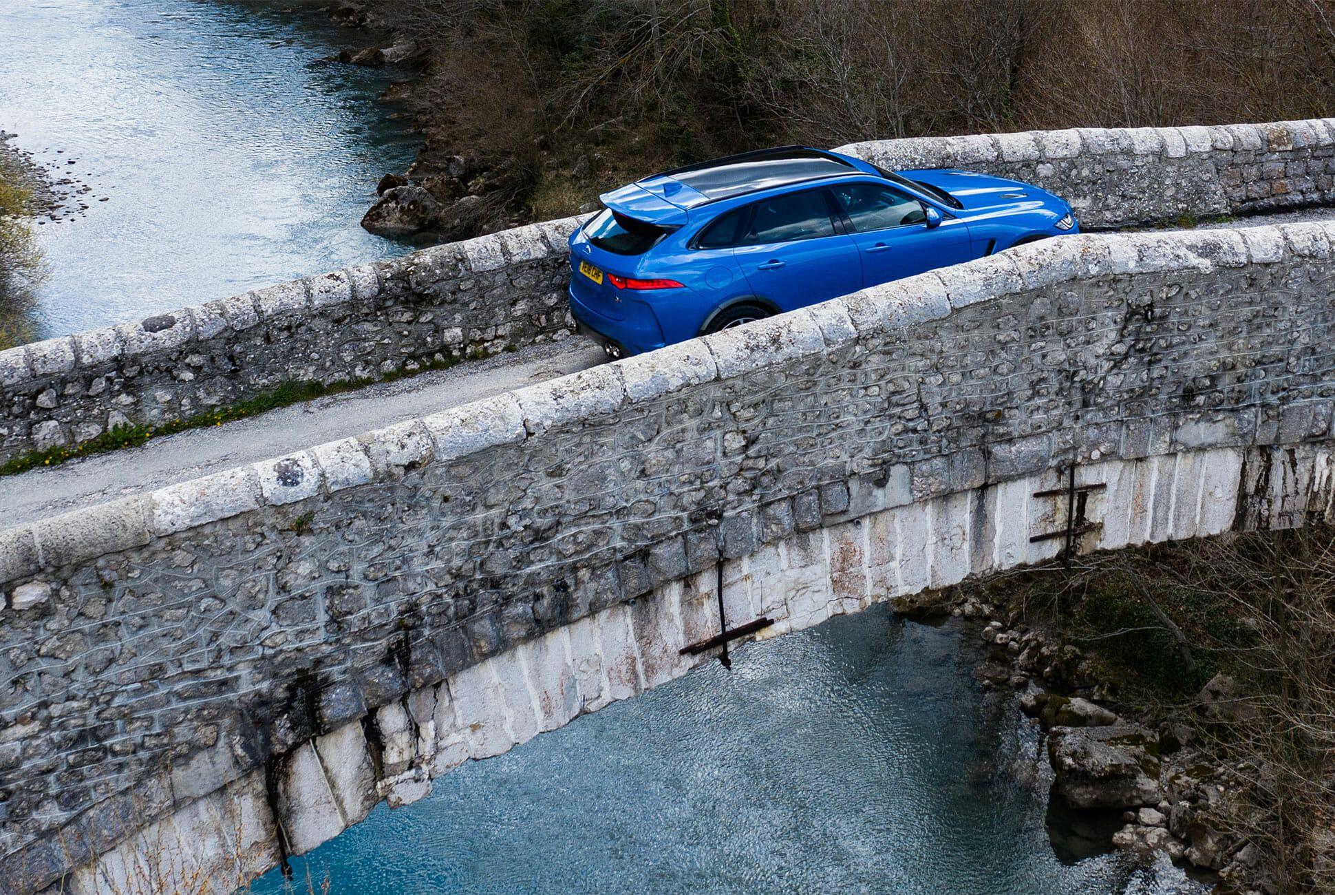 2019-Jaguar-F-Pace-SVR-gear-patrol-slide-01
