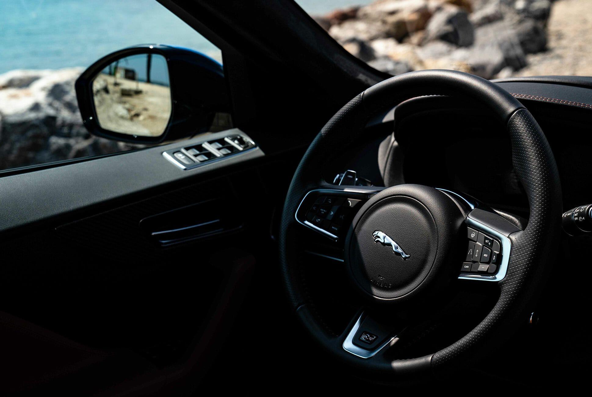 2019-Jaguar-F-Pace-SVR-gear-patrol-slide-05