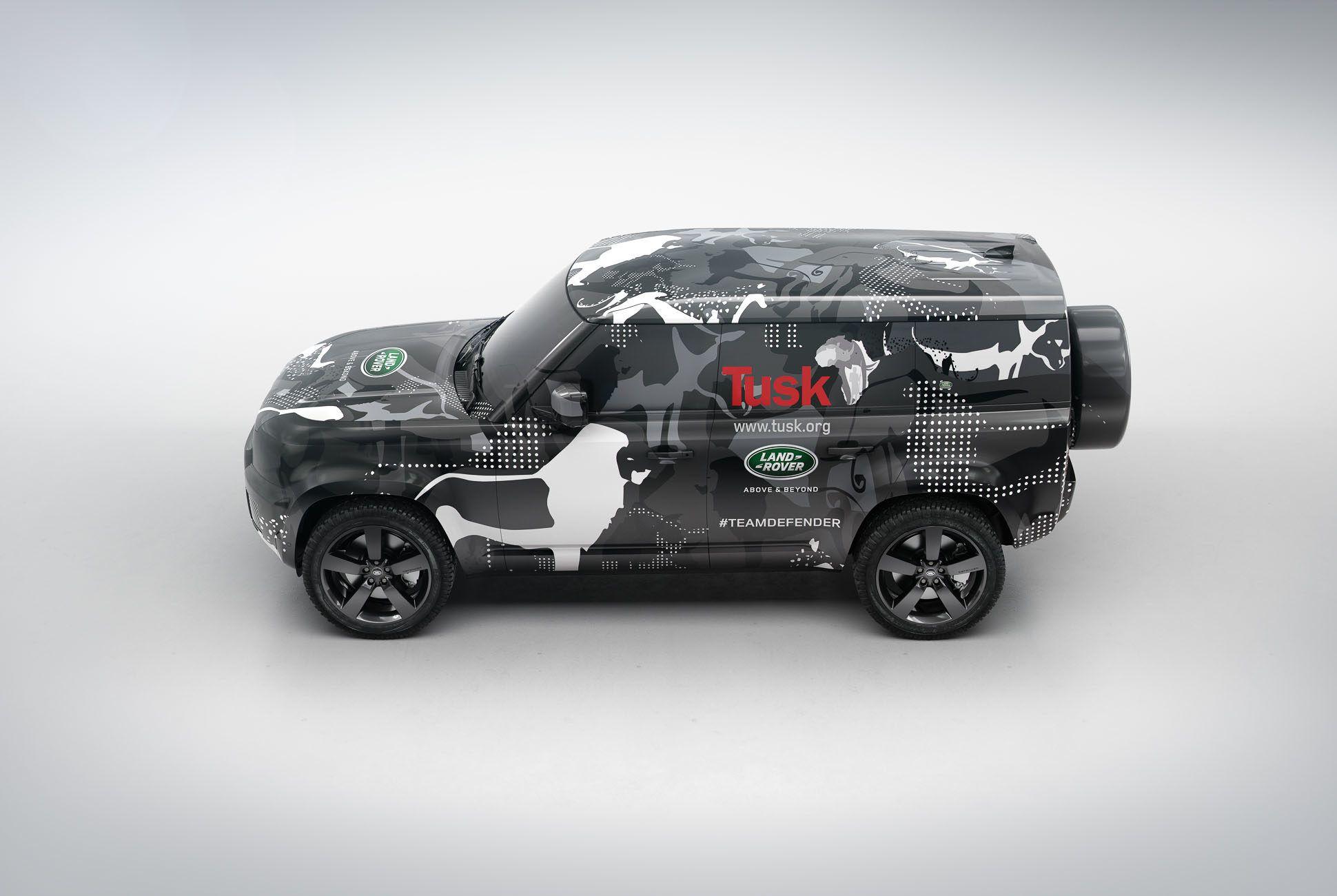Land Rover Defender Land Rover Day Gear Patrol Slide 01