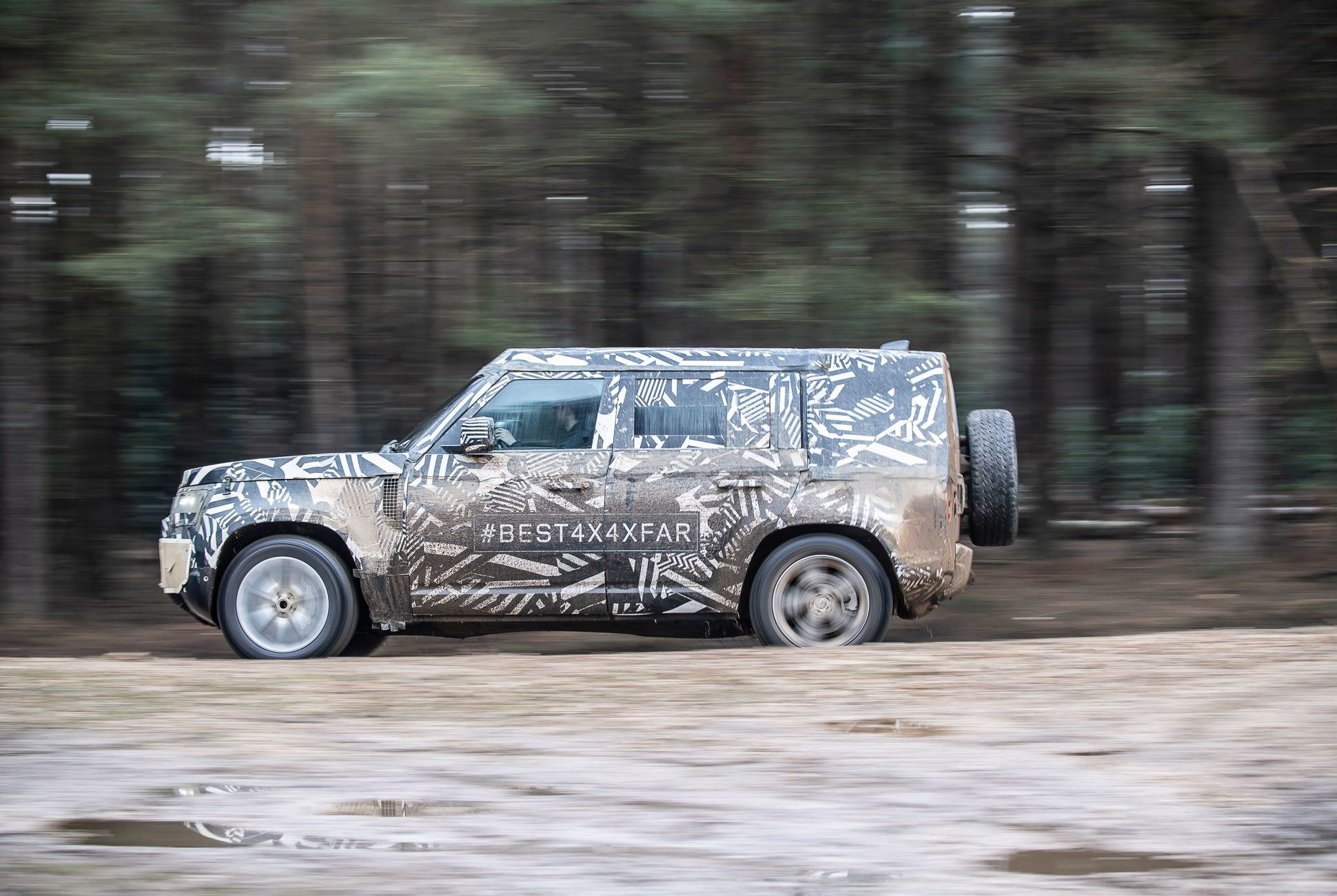 Land Rover Defender Land Rover Day Gear Patrol Slide 02