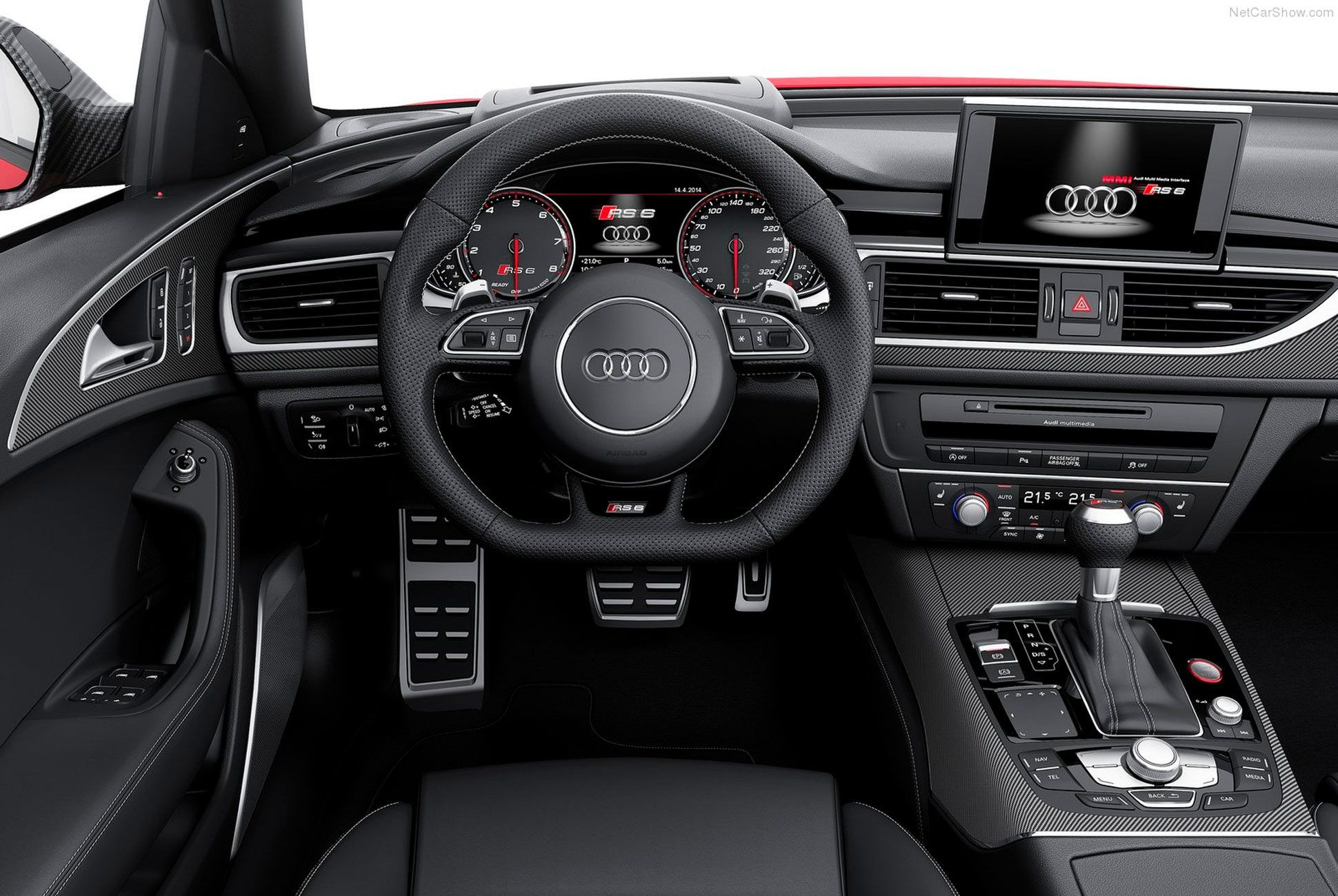 RS6-Avant-Gear-Patrol-slide-4