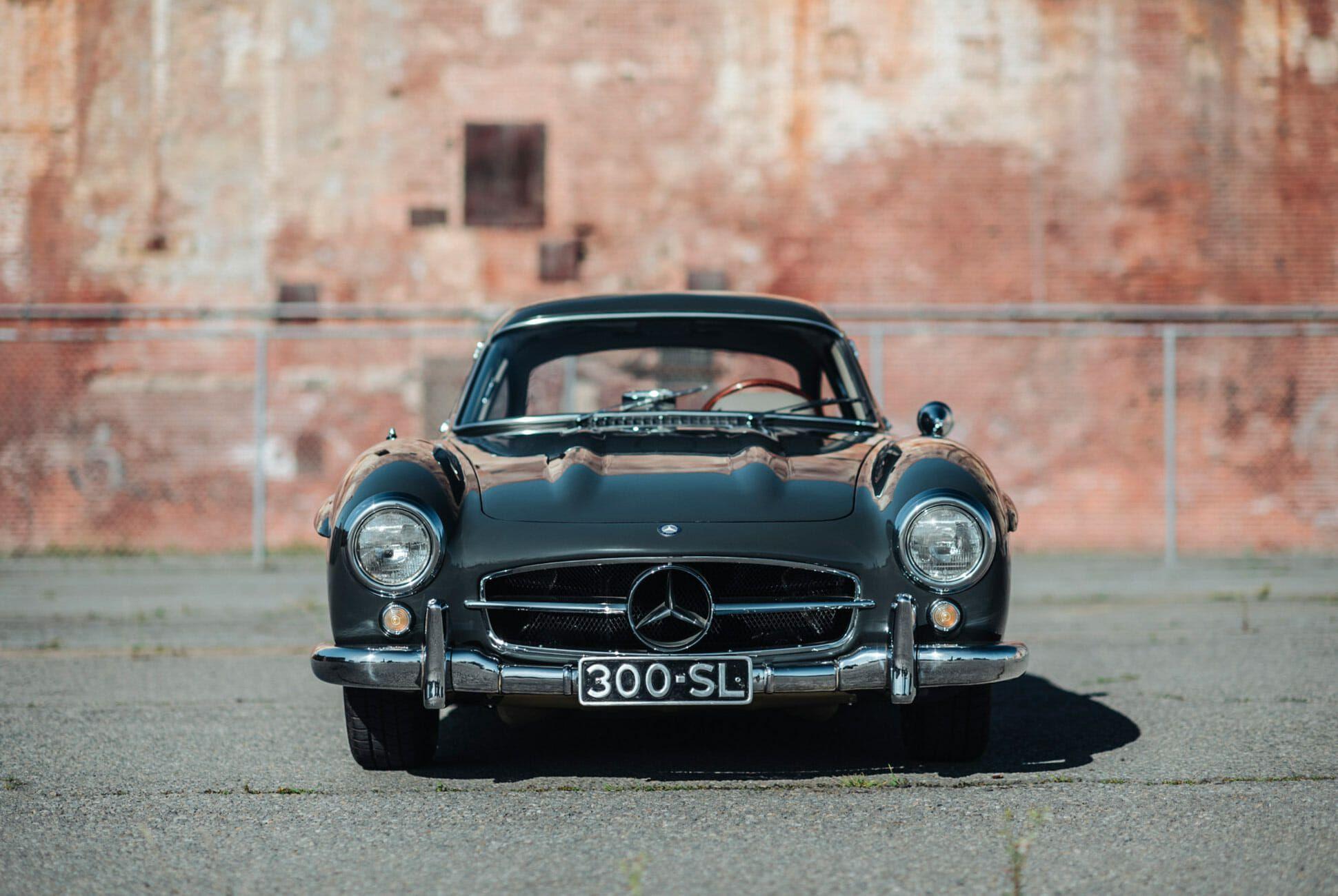 1956-Mercedes-Benz-300SL-Gullwing-gear-patrol-slide-1