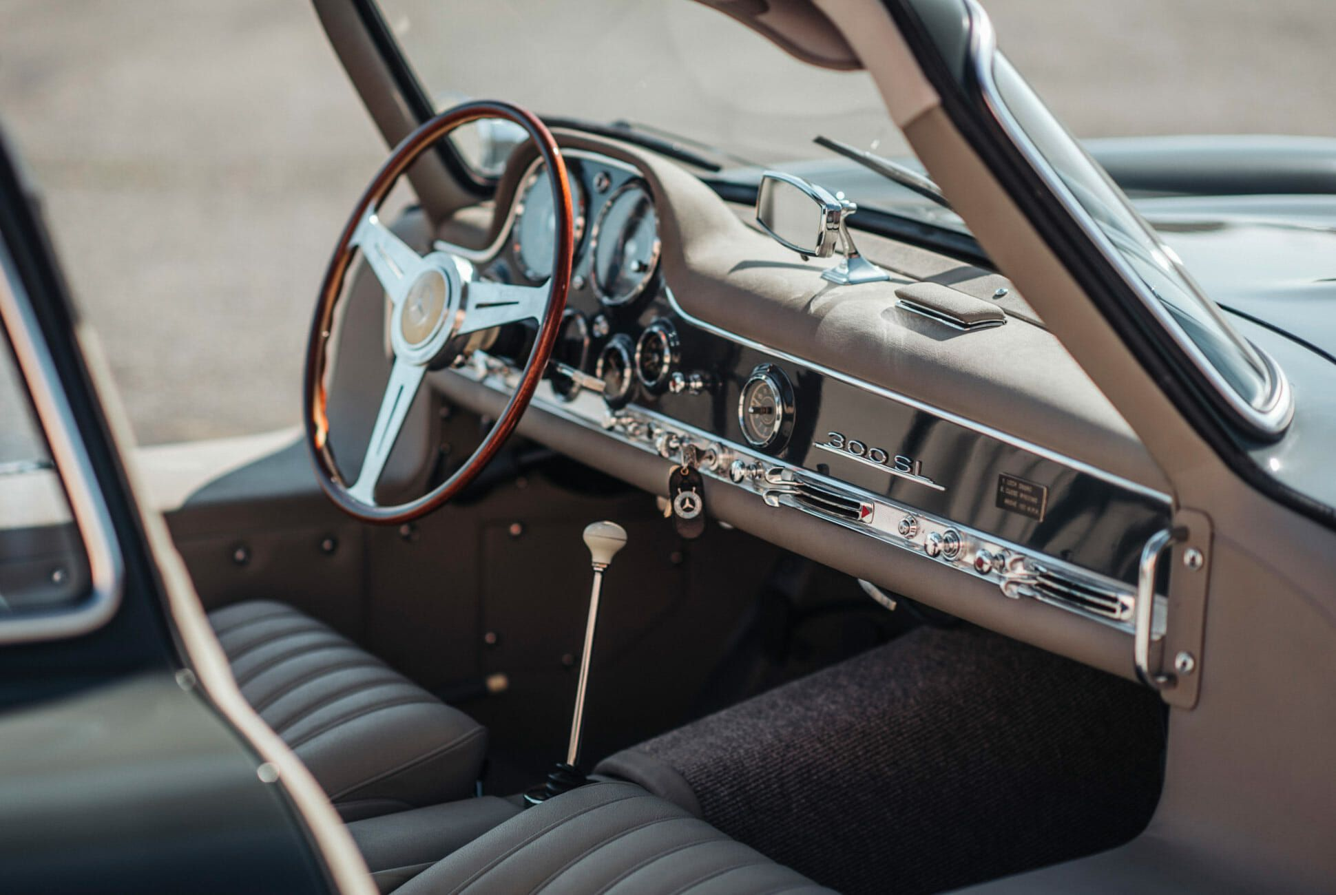 1956-Mercedes-Benz-300SL-Gullwing-gear-patrol-slide-10