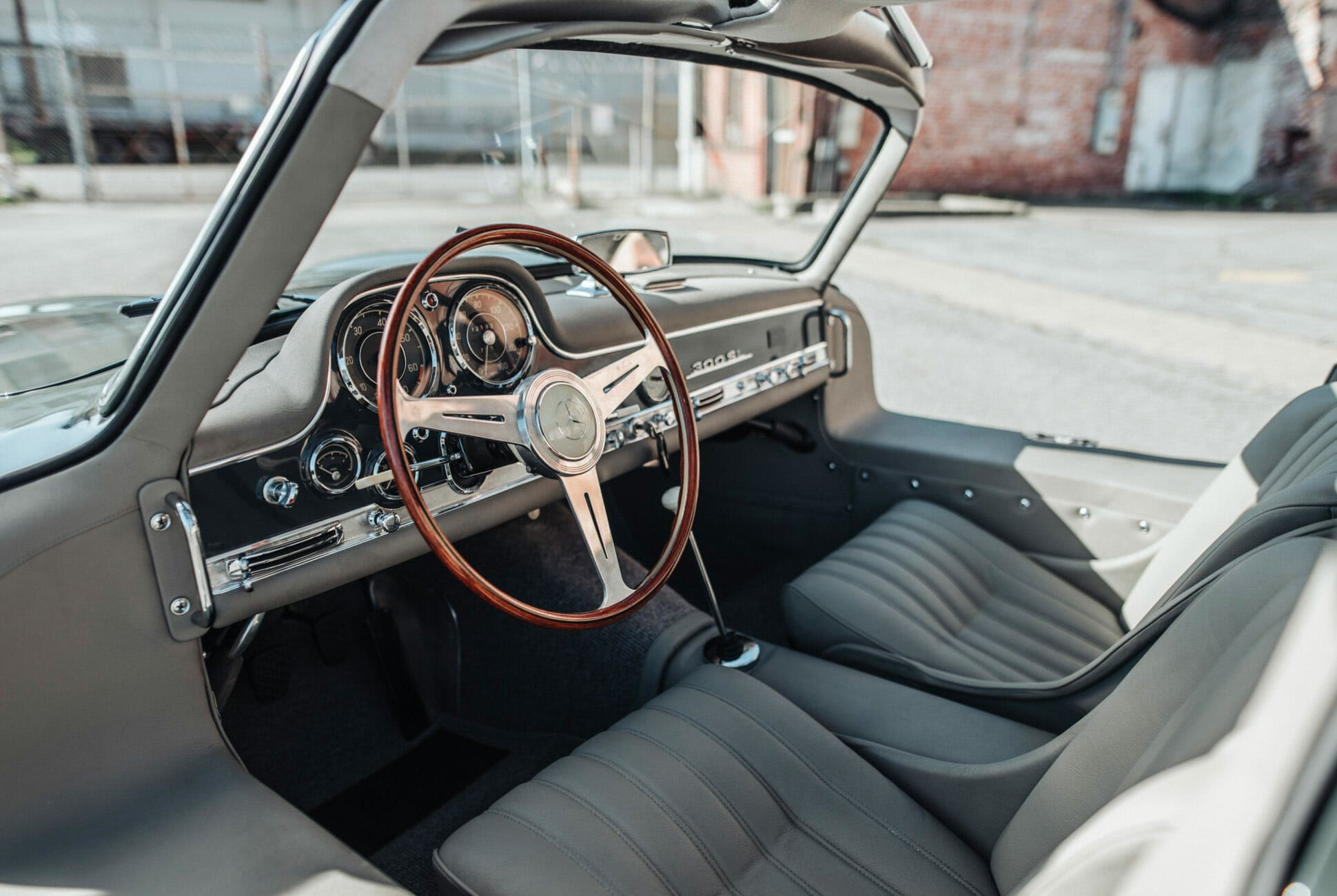 1956-Mercedes-Benz-300SL-Gullwing-gear-patrol-slide-12