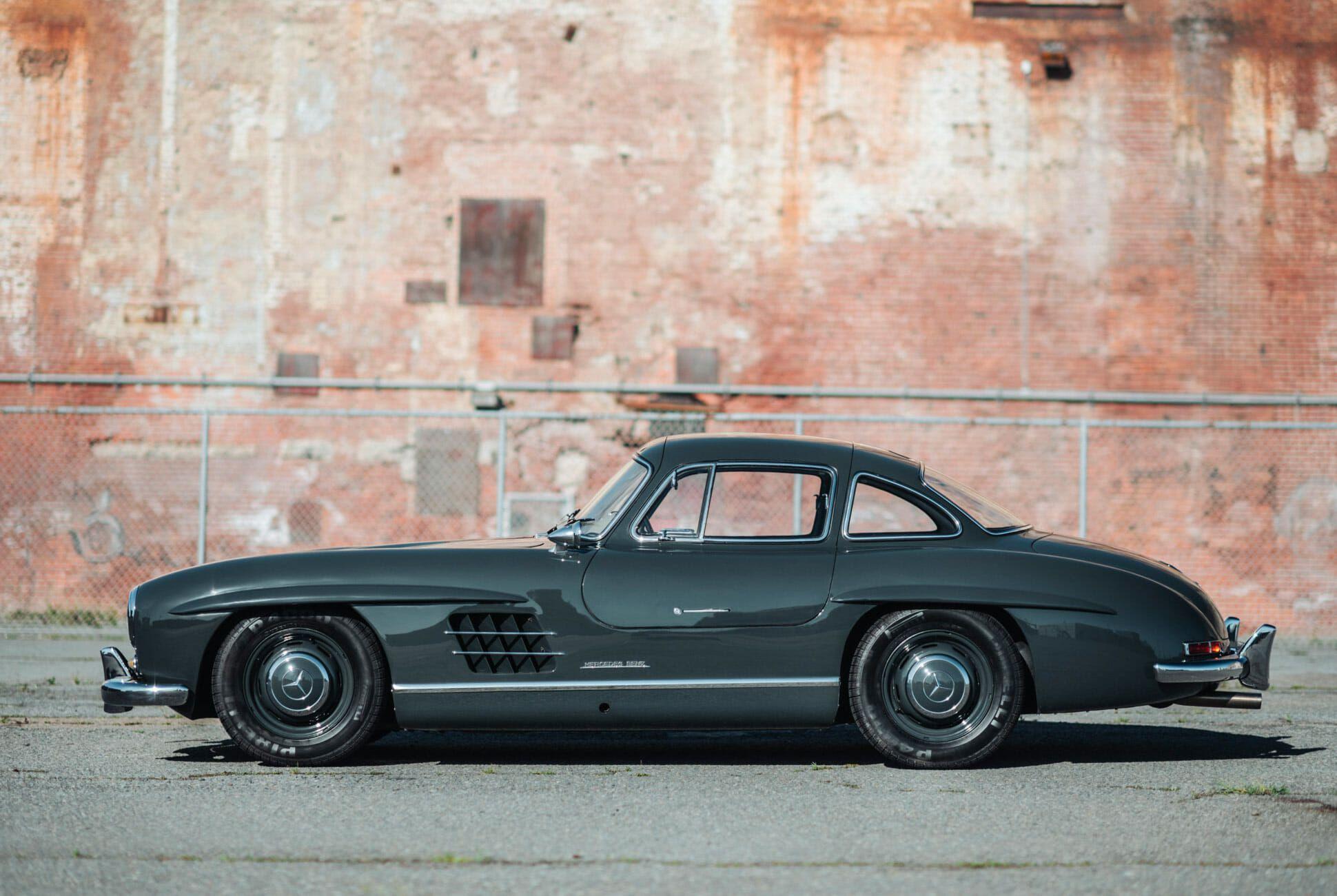 1956-Mercedes-Benz-300SL-Gullwing-gear-patrol-slide-3