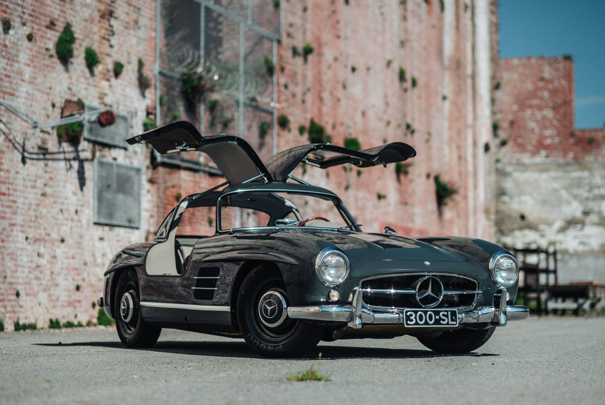 1956-Mercedes-Benz-300SL-Gullwing-gear-patrol-slide-6