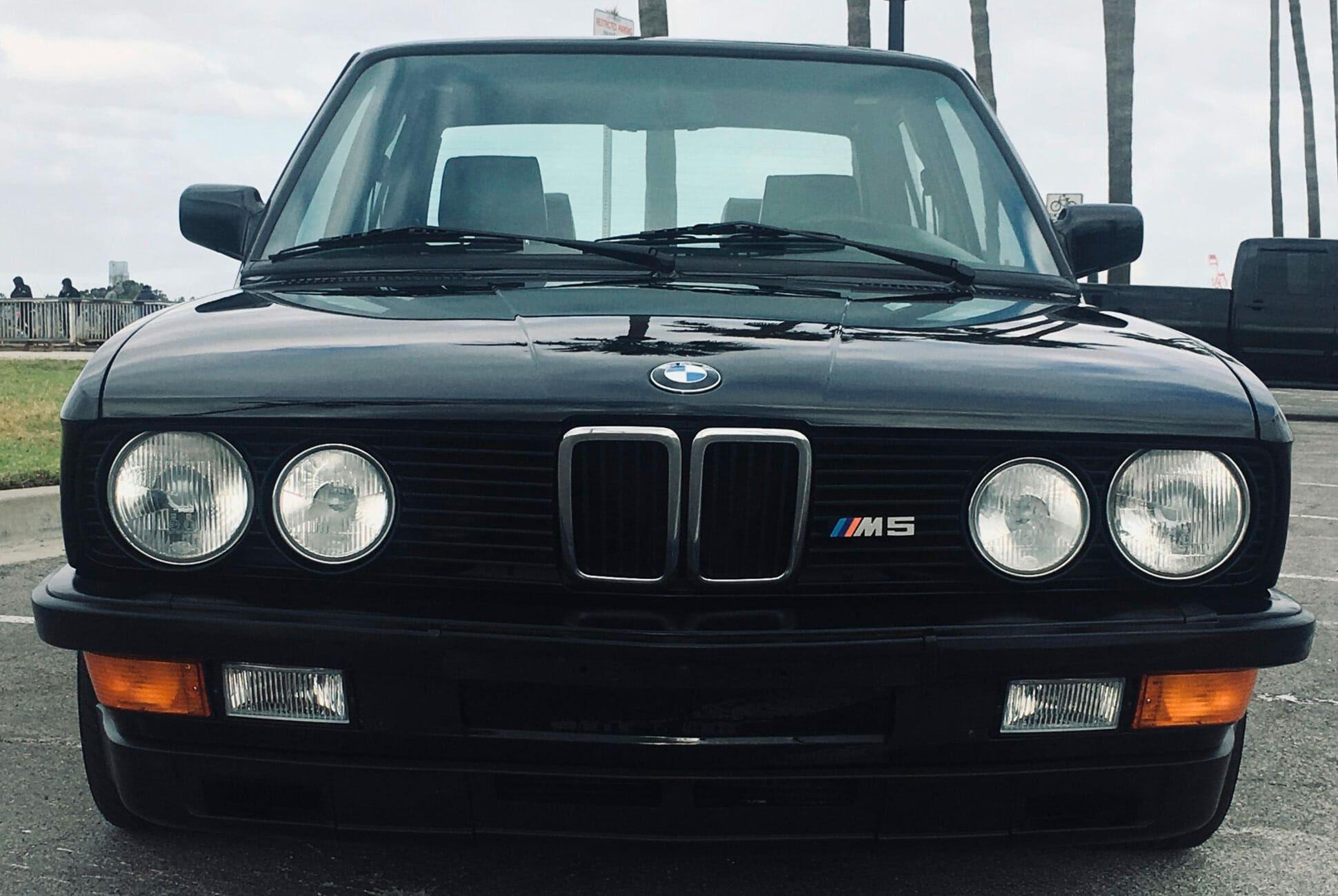 1988-BMW-M5-gear-patrol-slide-3