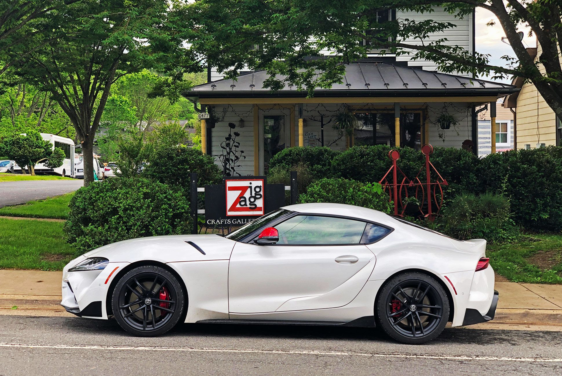 2020-Toyota-Supra-Gr-Review-gear-patrol-slide-3