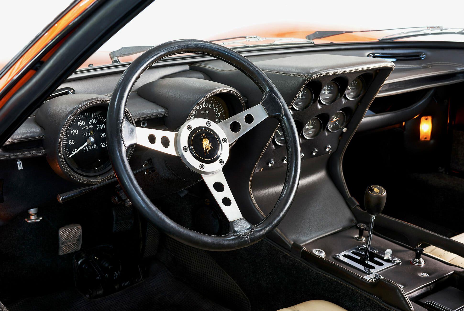 Lamborghini-Miura-P400-Italian-Job-gear-patrol-slide-6