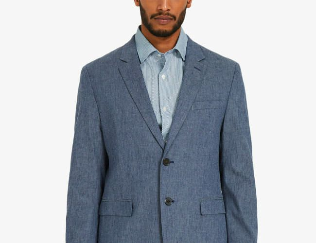 This Affordable Travel Blazer Is Perfect for Summertime Wear