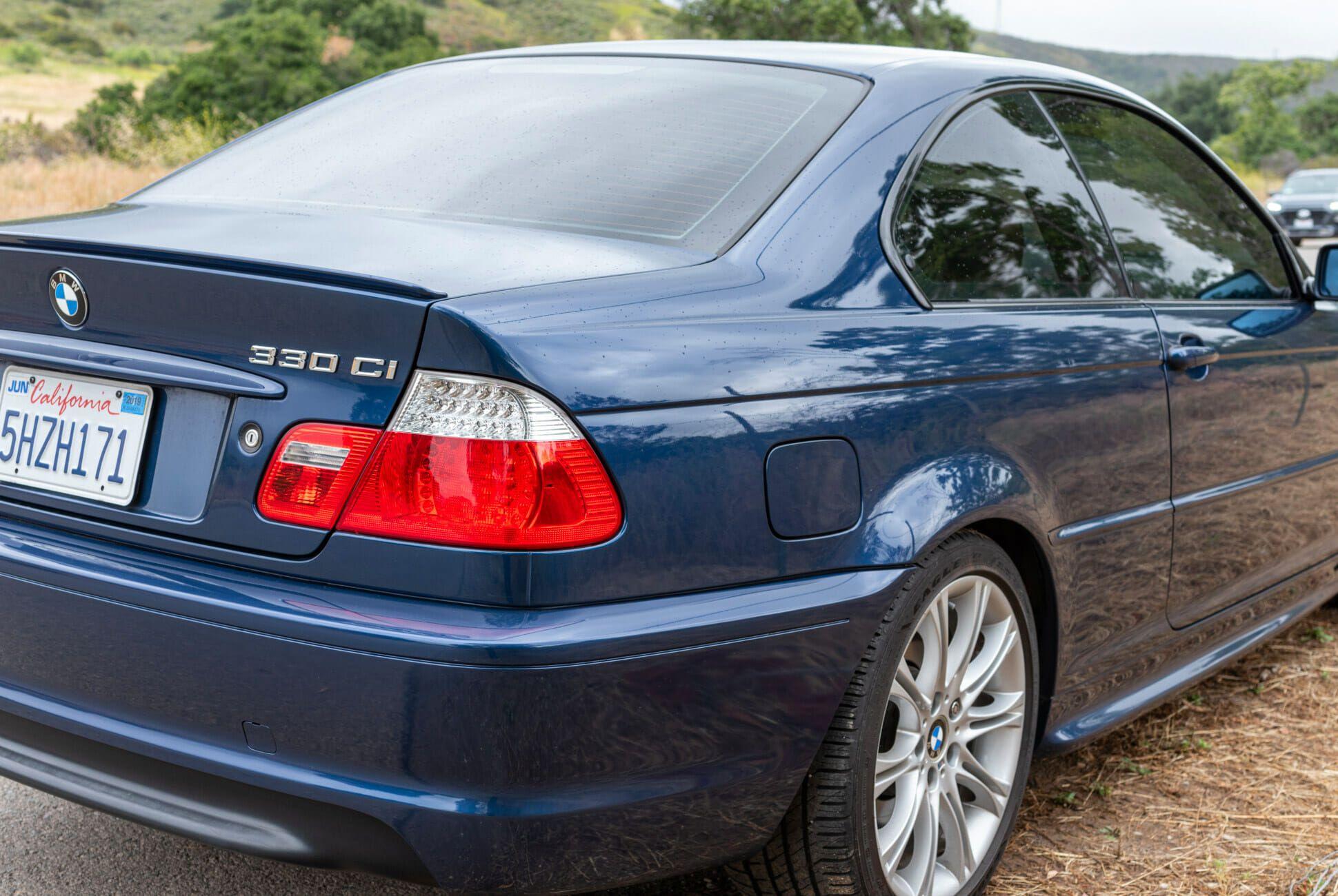 2004-BMW-330Ci-ZHP-6-Speed-gear-patrol-slide-03