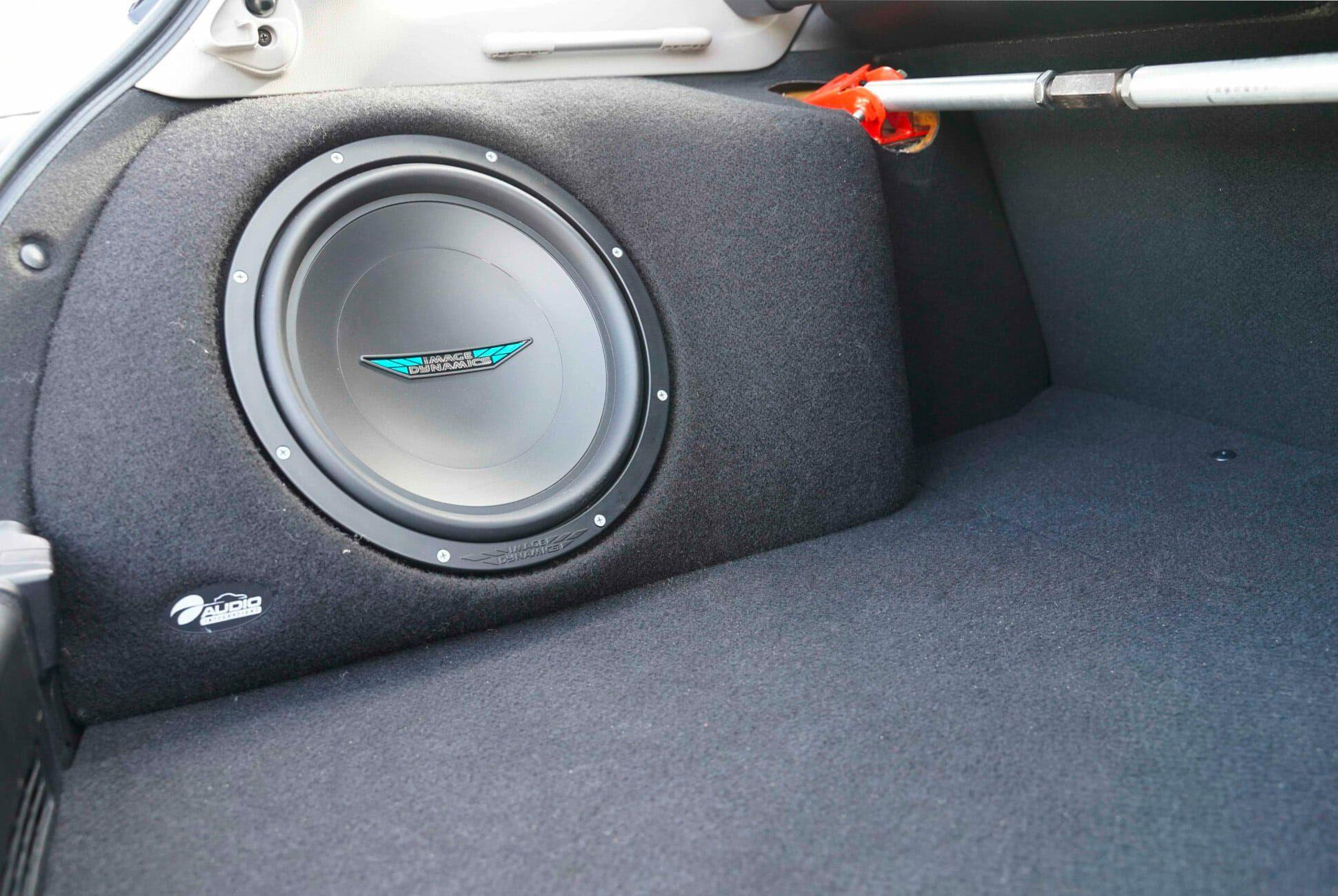 2007-Subaru-WRX-Wagon-14K-Miles-gear-patrol-slide-11
