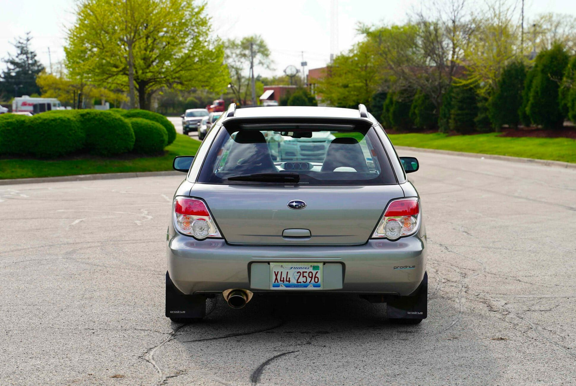 2007-Subaru-WRX-Wagon-14K-Miles-gear-patrol-slide-4