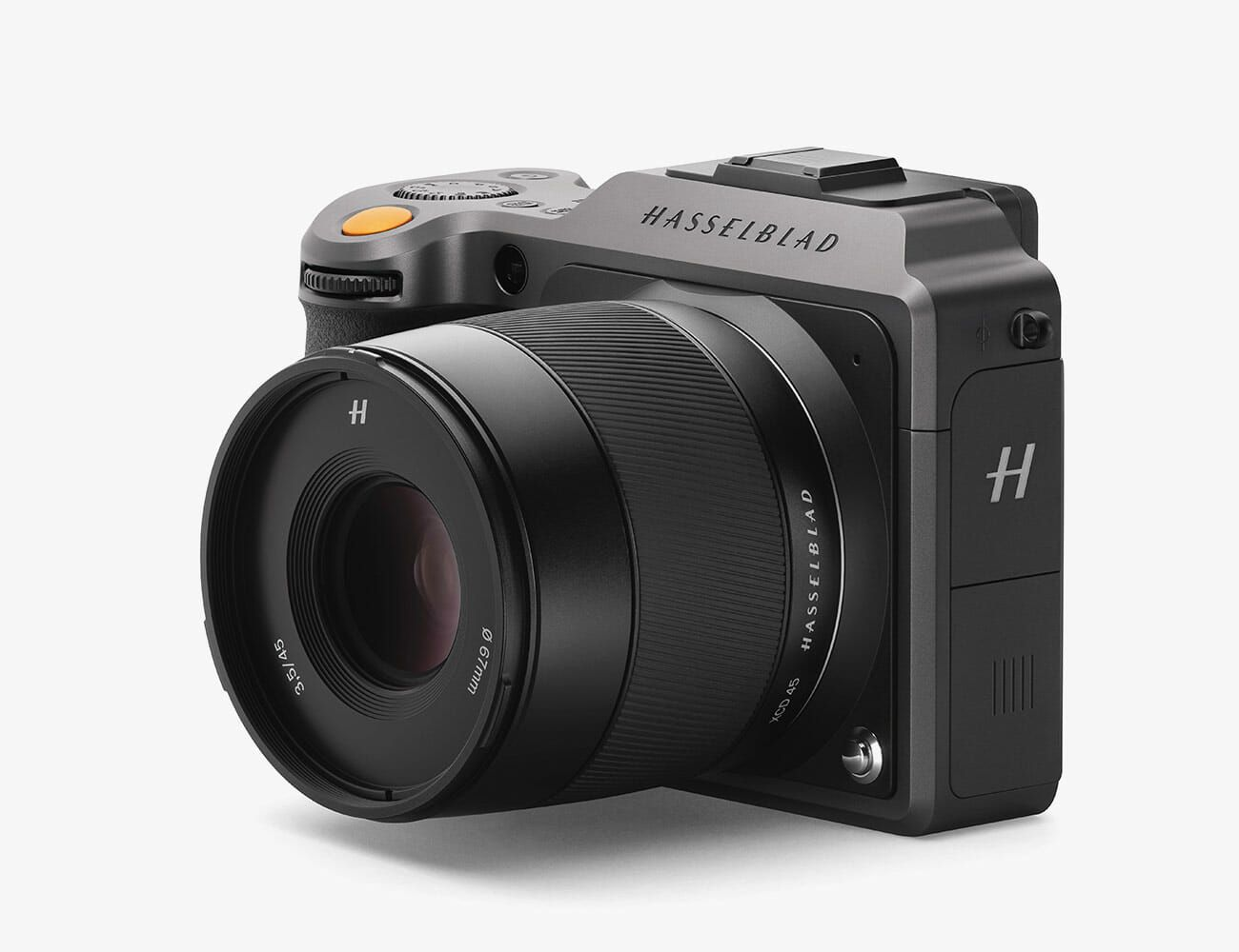 Hasselblad-X1DII-Gear-Patrol-Ambiance-2