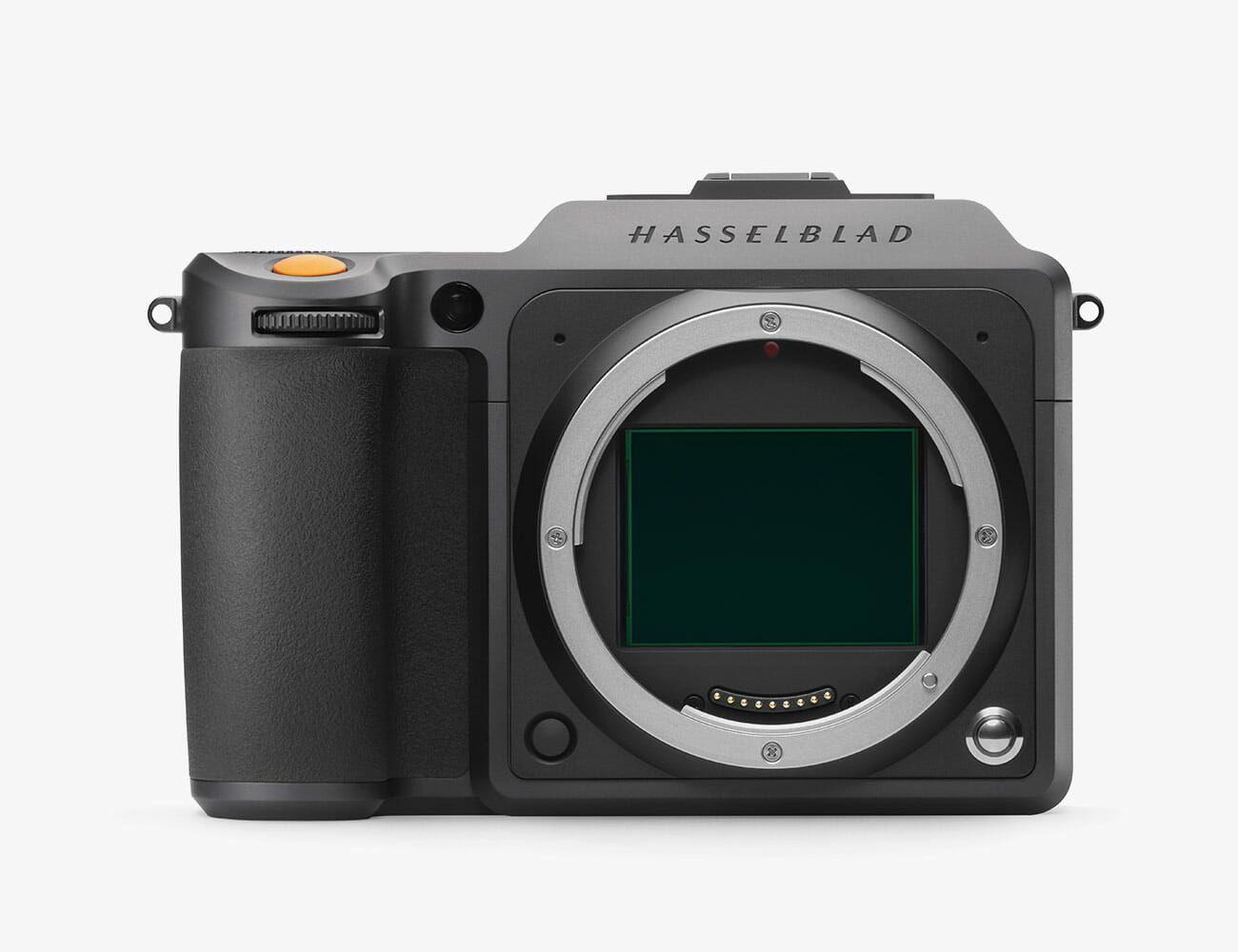 Hasselblad-X1DII-Gear-Patrol-Ambiance-4