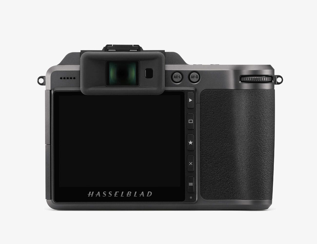 Hasselblad-X1DII-Gear-Patrol-Ambiance 5
