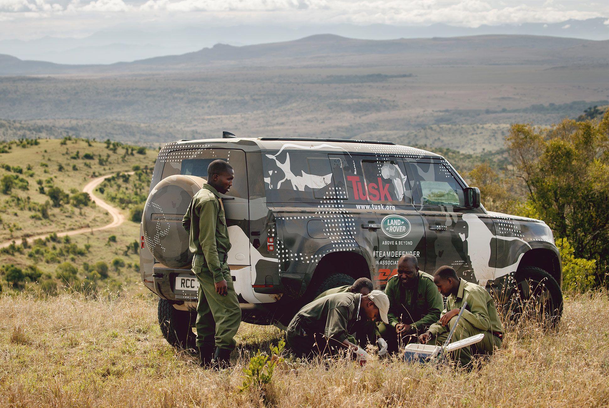 Land-Rover-Defender-Africa-Testing-gear-patrol-slide-5