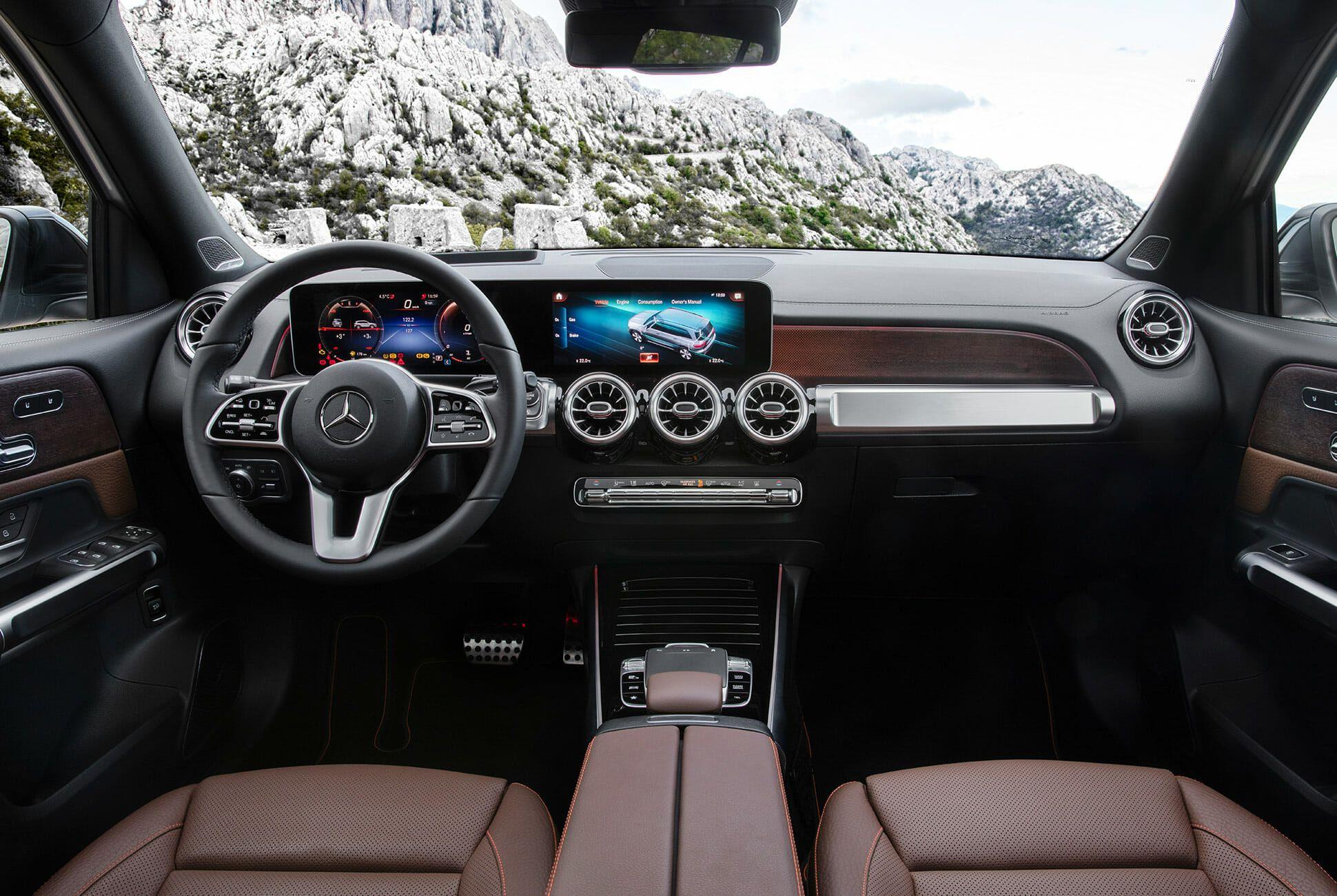 Mercedes-Benz-GLB-250-gear-patrol-slide-9