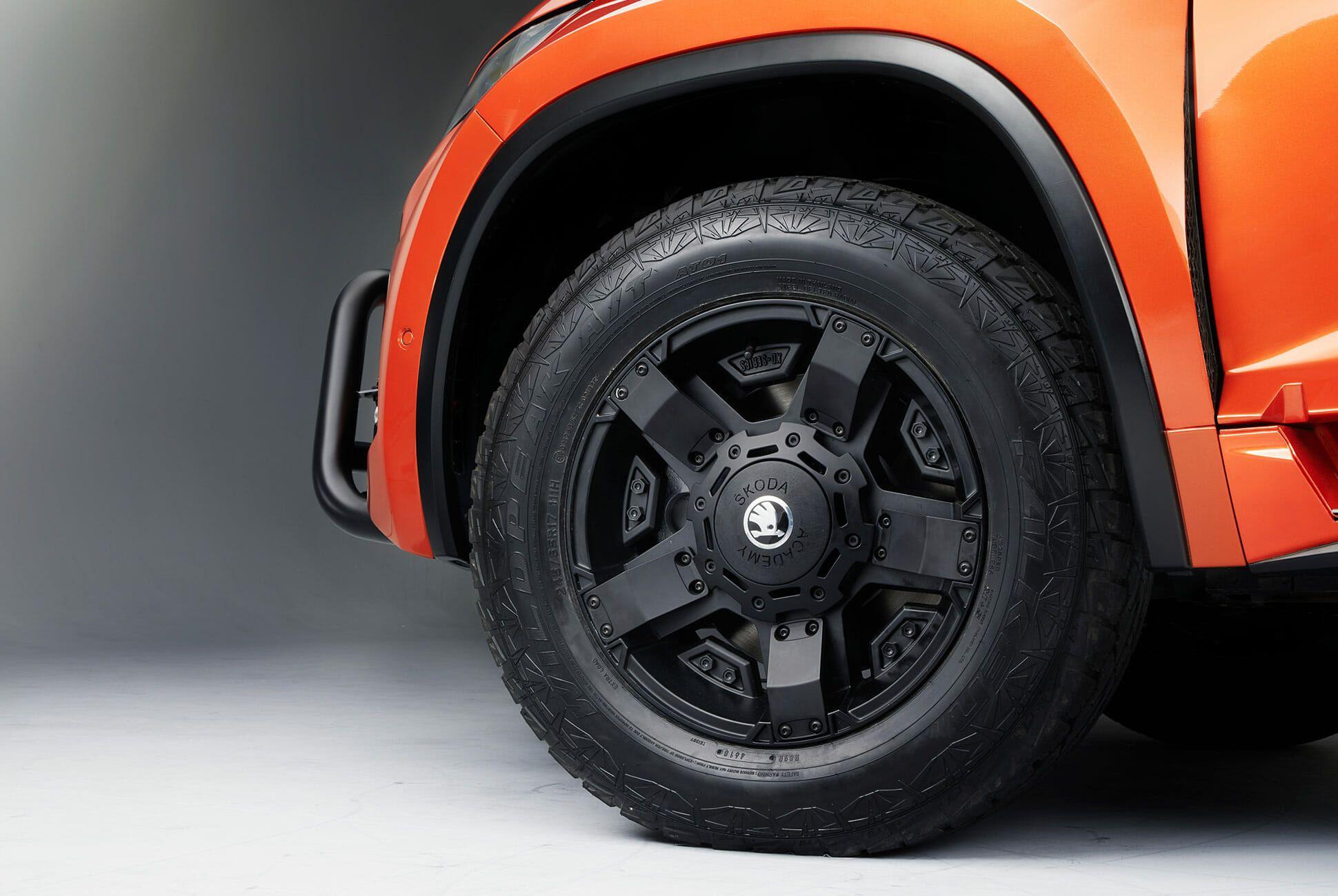 Skoda-Mountiaq-Concept-gear-patrol-slide-9