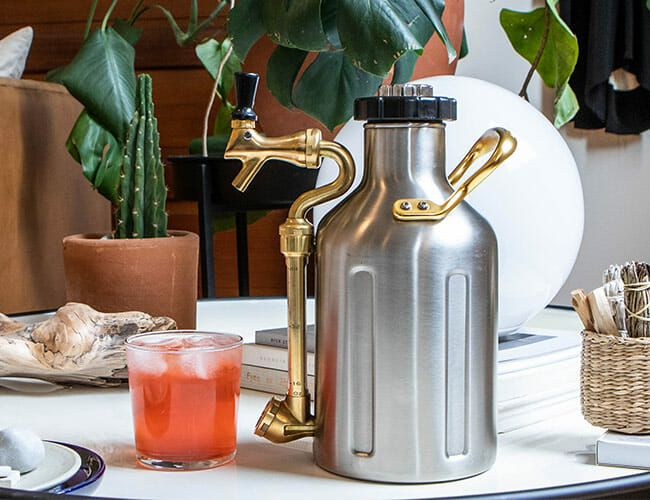 Get Dad this Pressurized Growler for All His On-Tap Needs
