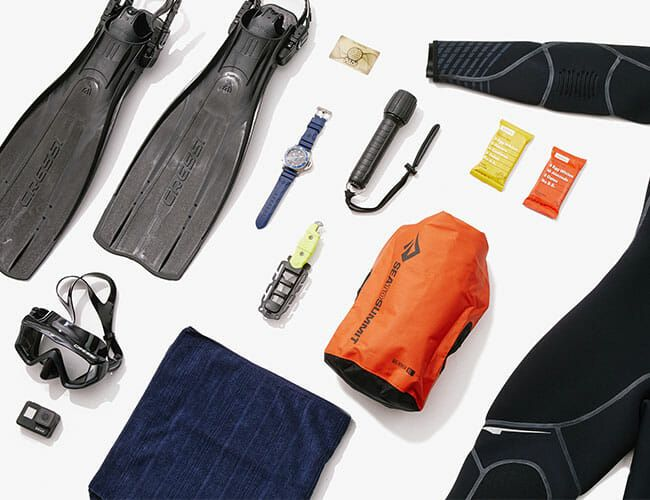 The 11 Essentials You Need for a Perfect Summer Dive