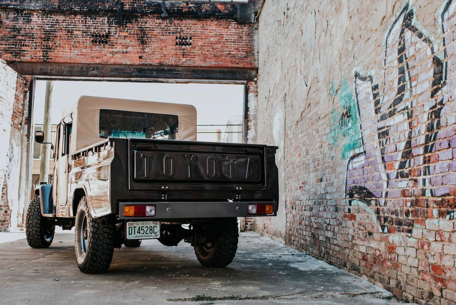 Toyota-Bandeirante-OJ55-gear-patrol-slide-04