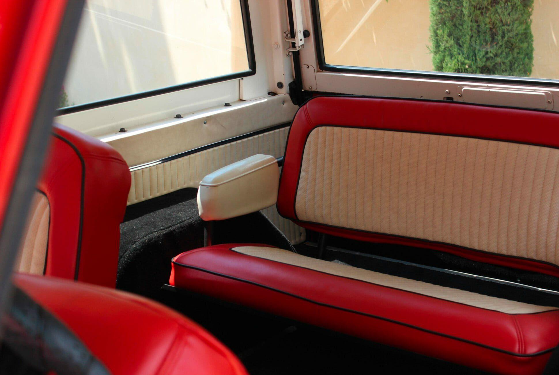 1975-Ford-Bronco-gear-patrol-slide-7