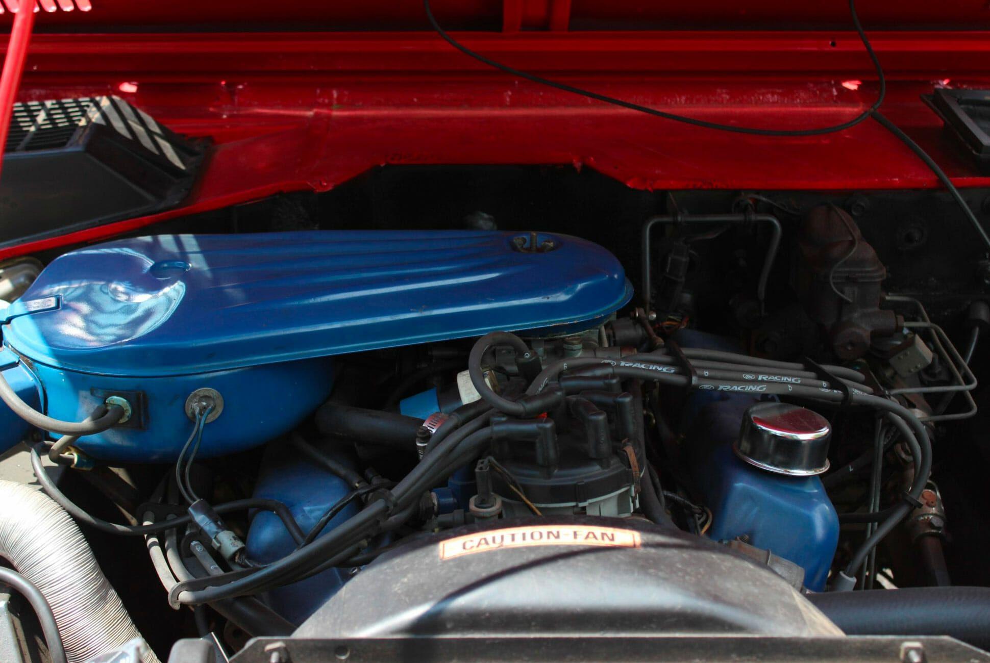 1975-Ford-Bronco-gear-patrol-slide-8