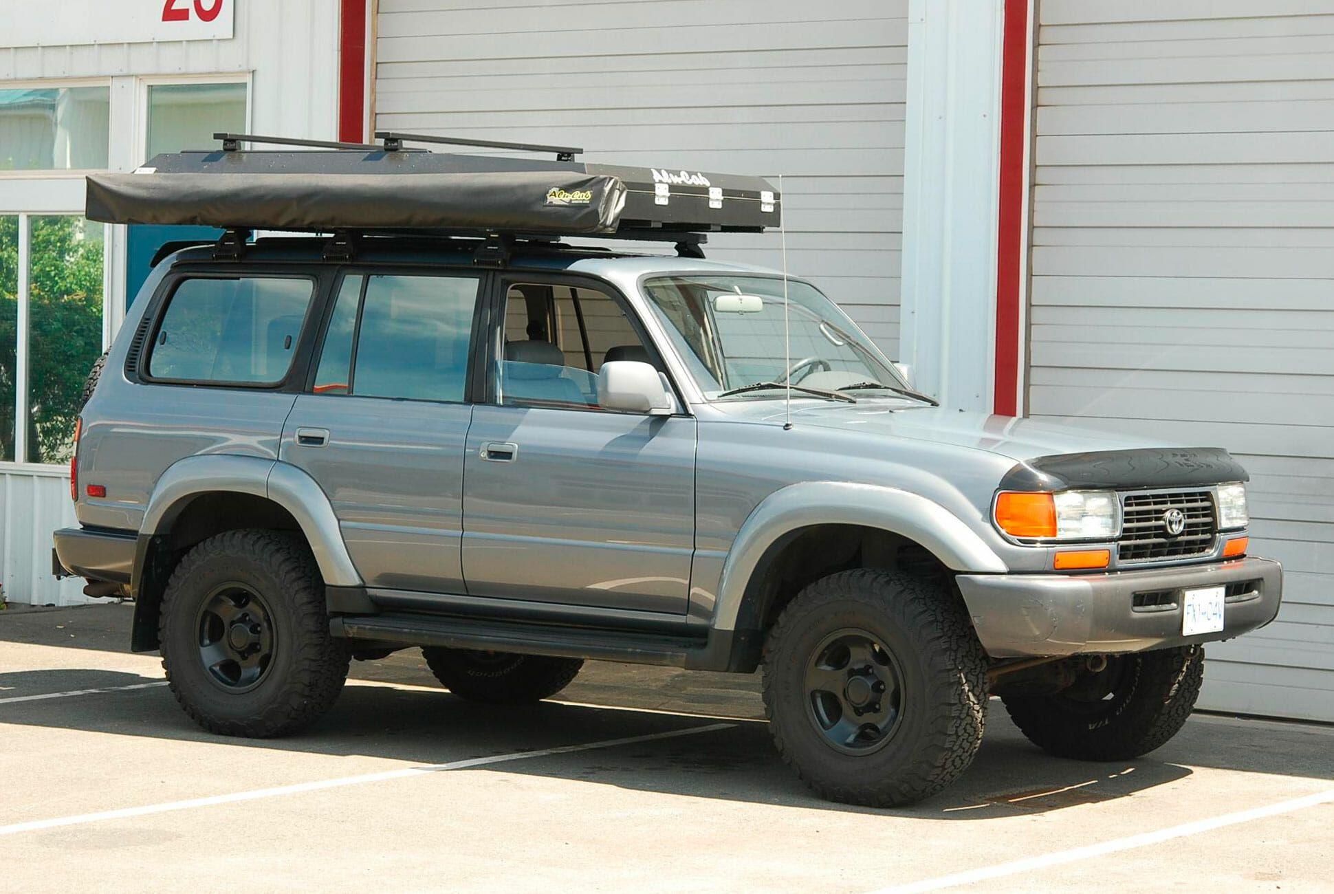 1996-Toyota-Land-Cruiser-FZJ80-gear-patrol-slide-04