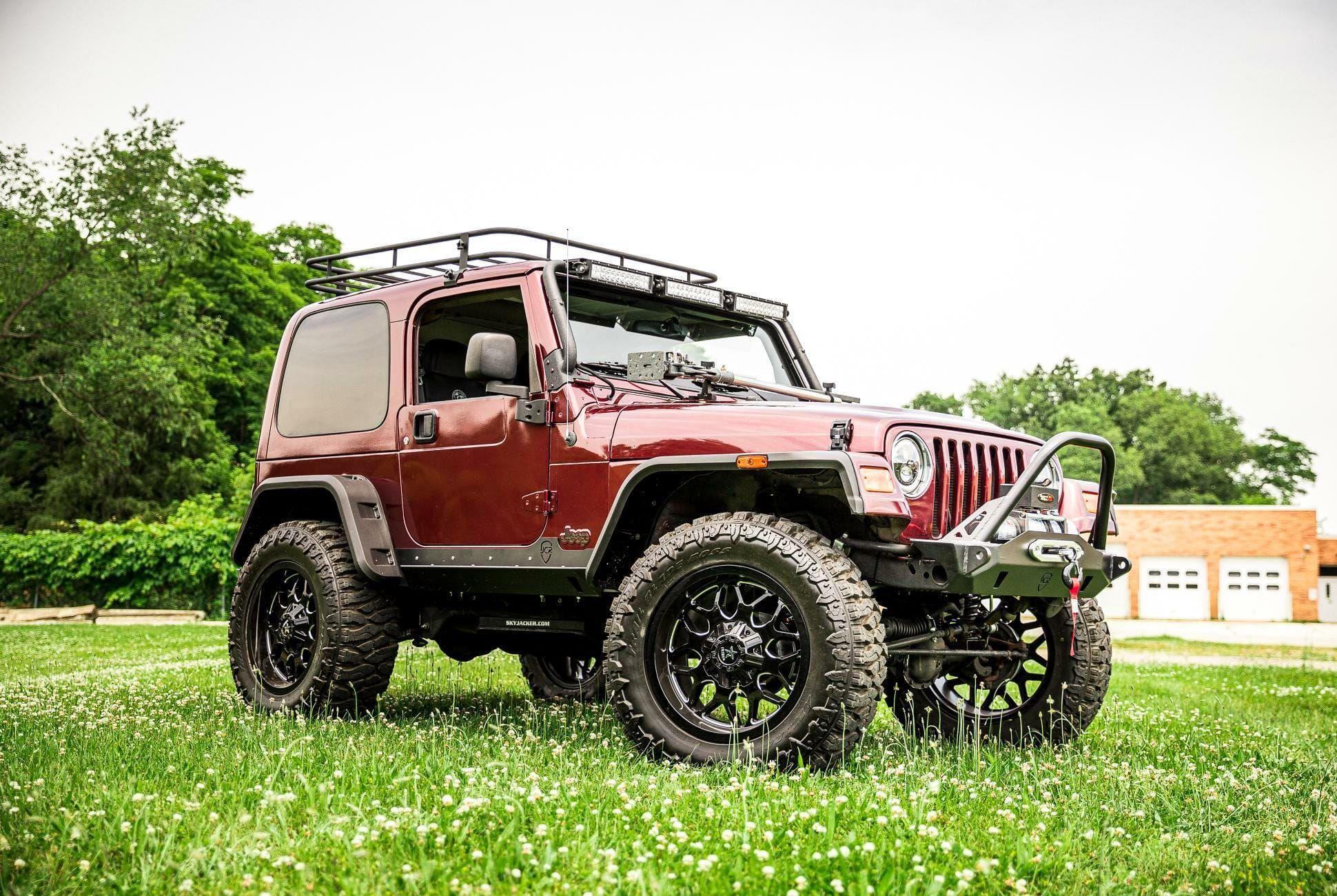 2004-Jeep-Wrangler-gear-patrol-slide-03